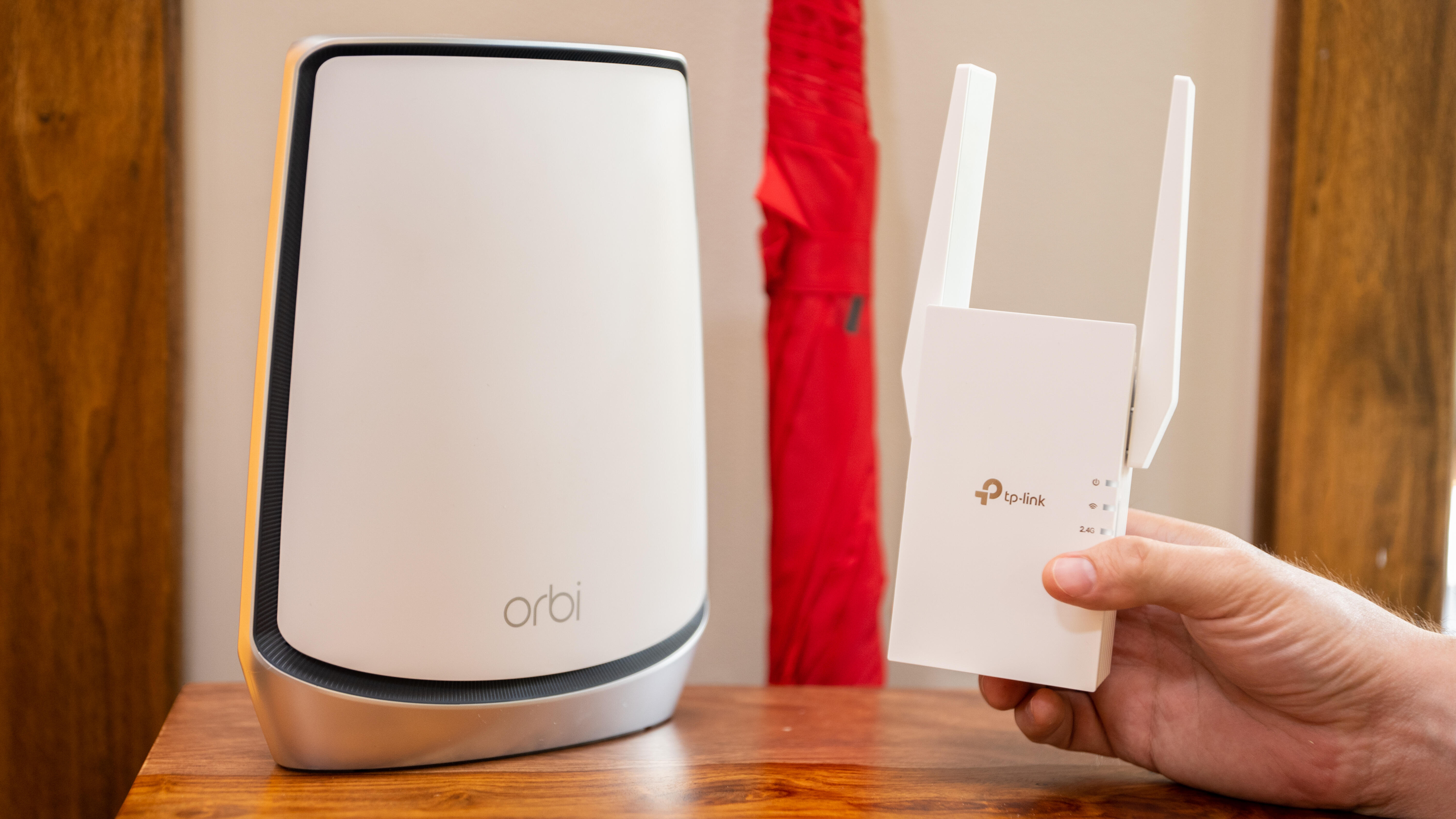 Video: Mesh Wi-Fi or range extenders? Pick the best option for you