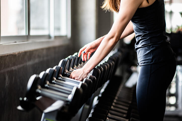 When to lift heavy or light weights