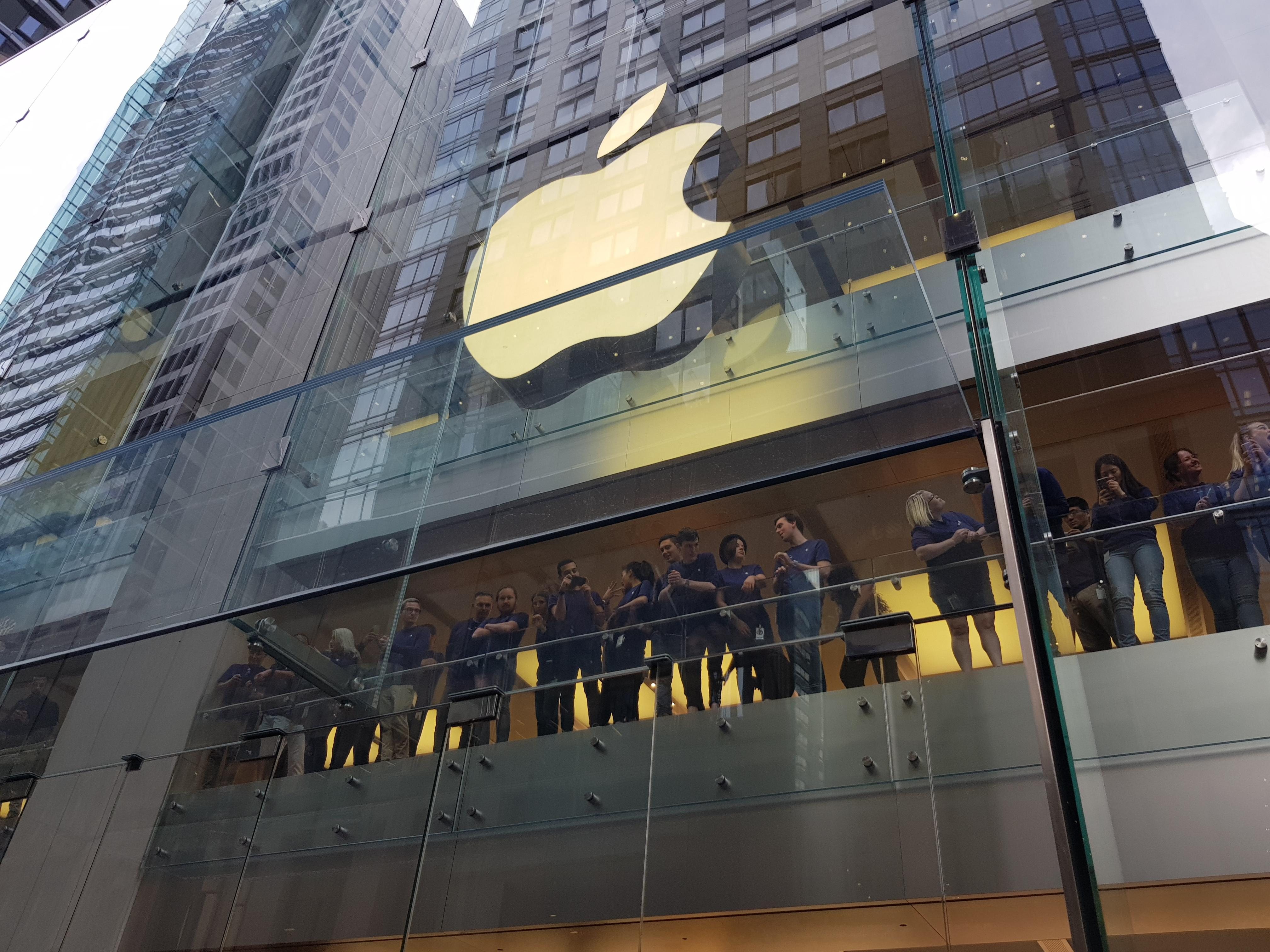 iphone-x-launch-syd-4