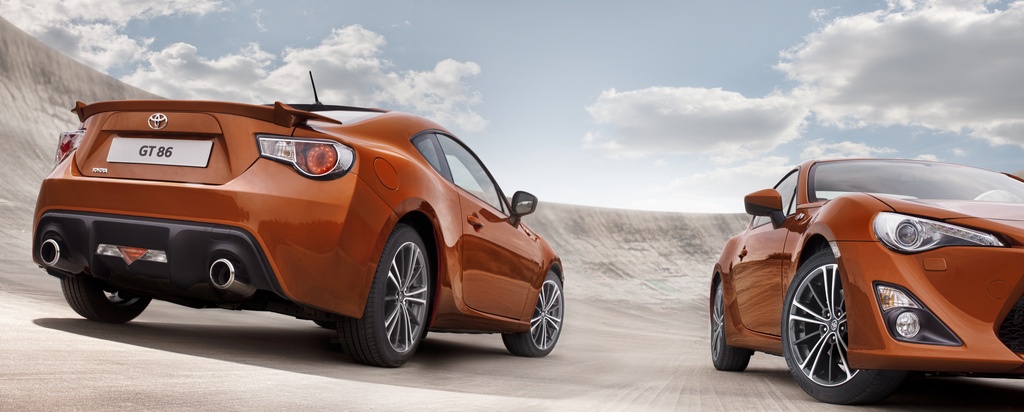 Production Toyota GT 86 officially announced