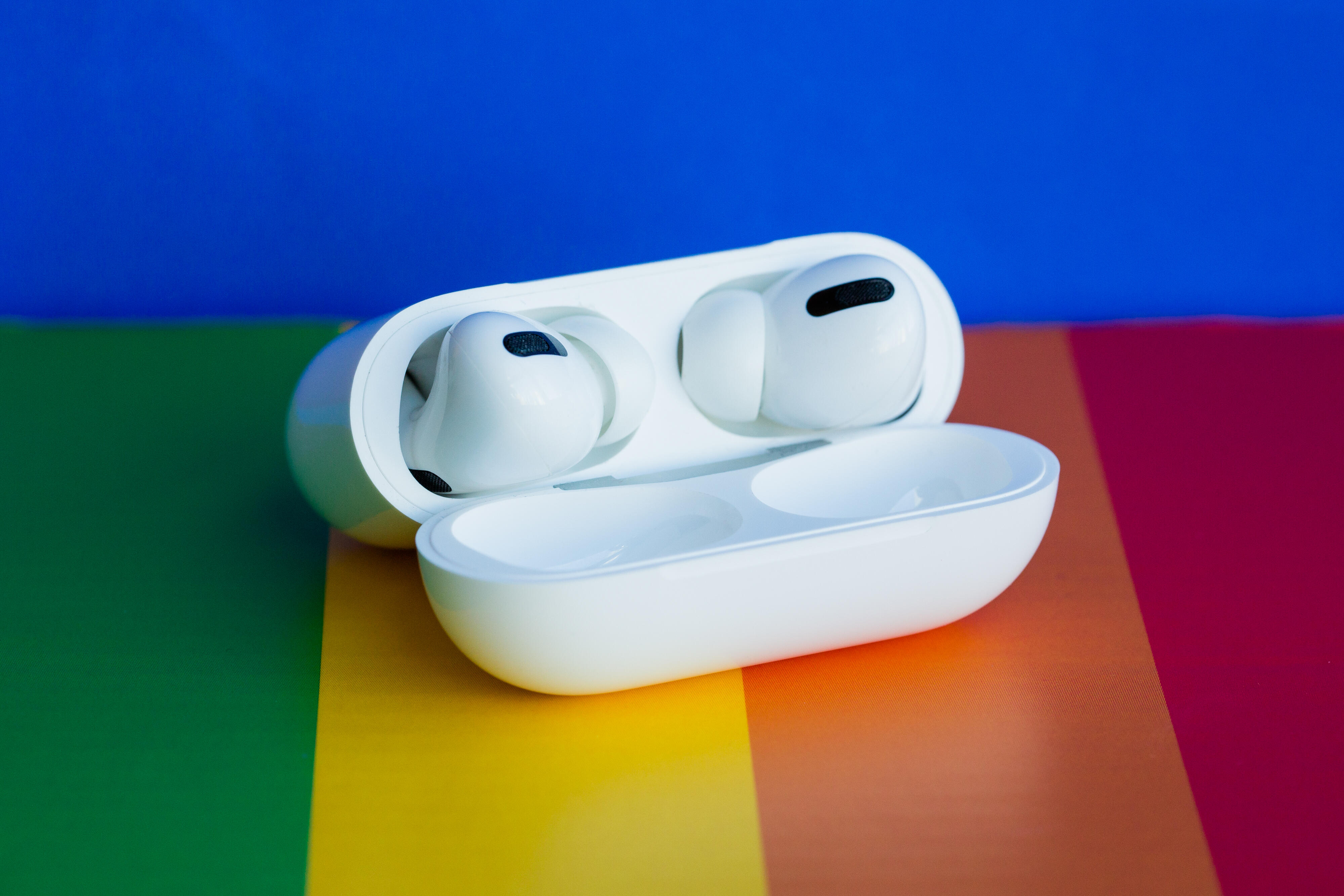 AirPods separation anxiety? Apple has new ways to hunt down lost earbuds in iOS  15 - CNET