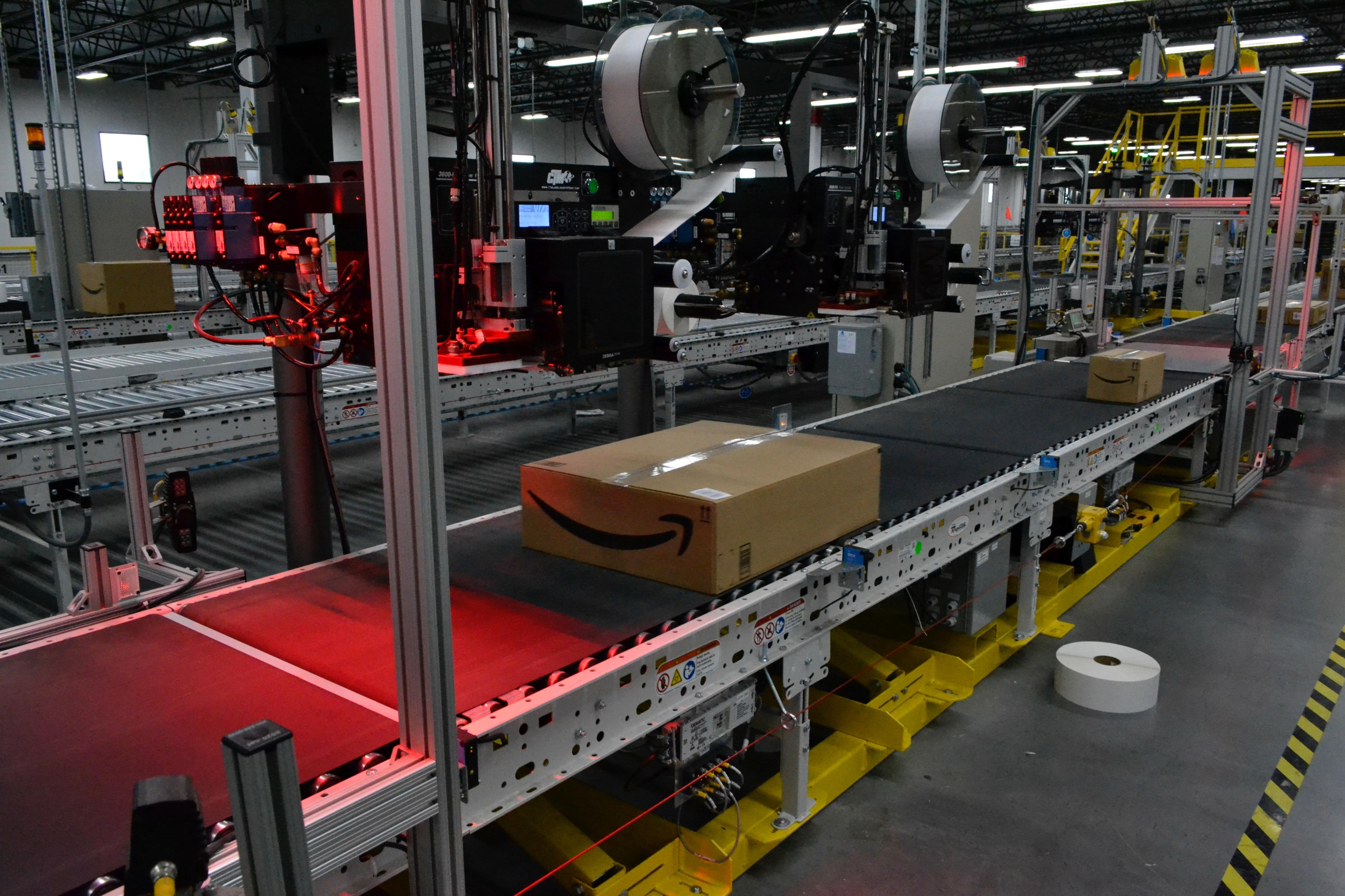 amazon-fall-river-fulfillment-center-10