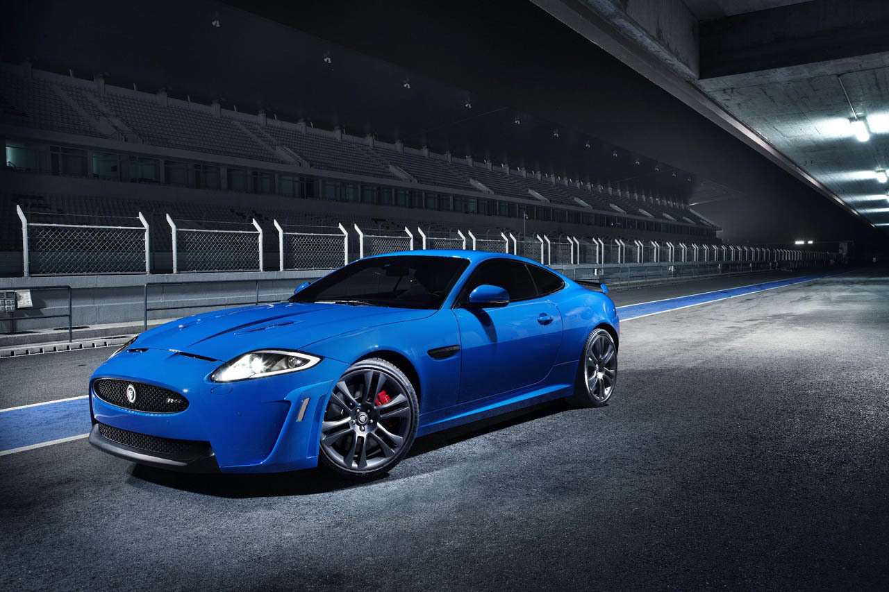 Stay tuned for more info about this super-coupe as we continue our coverage of the 2011 Geneva auto show.