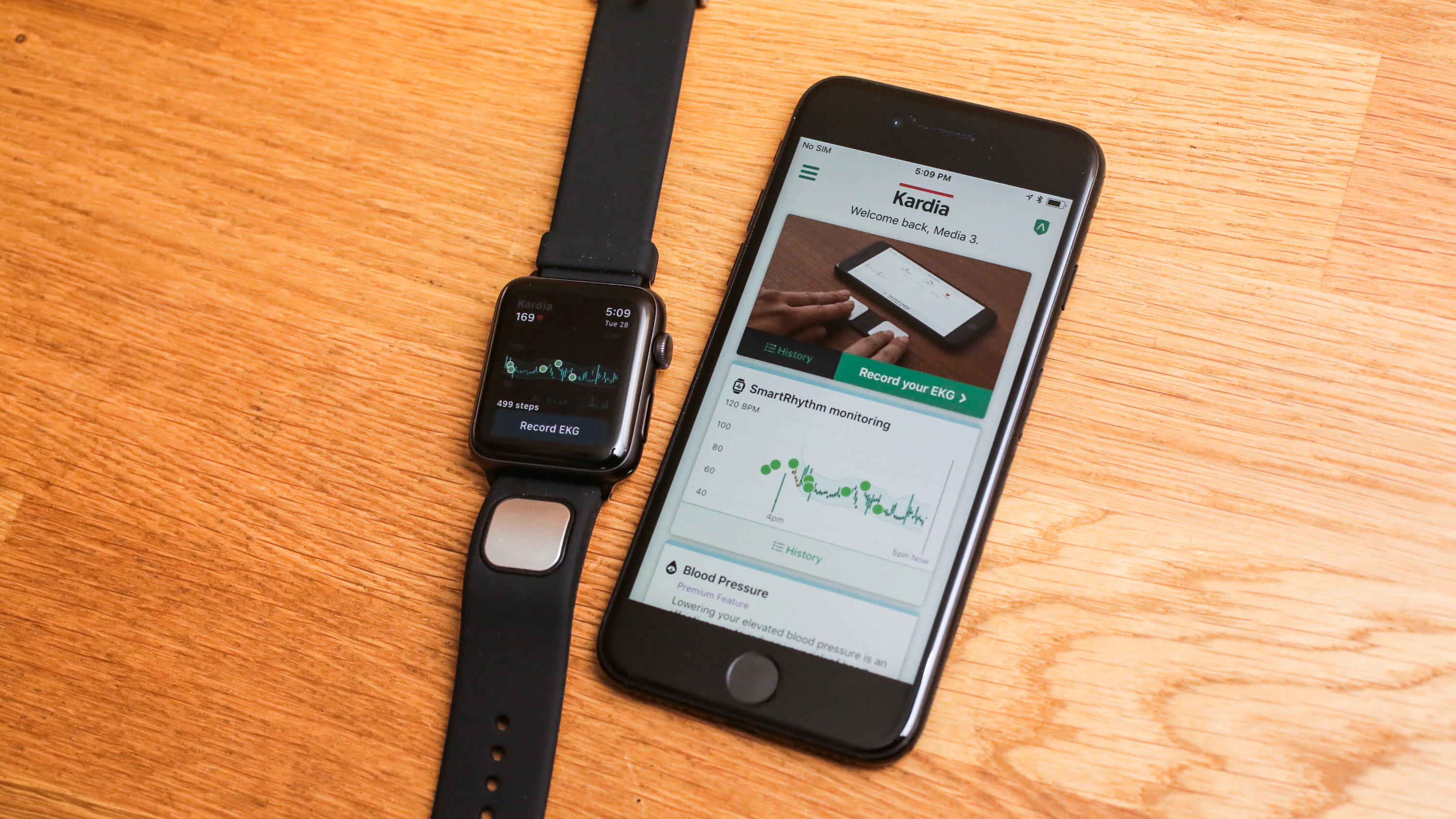 07-alivecor-kardia-band-for-apple-watch