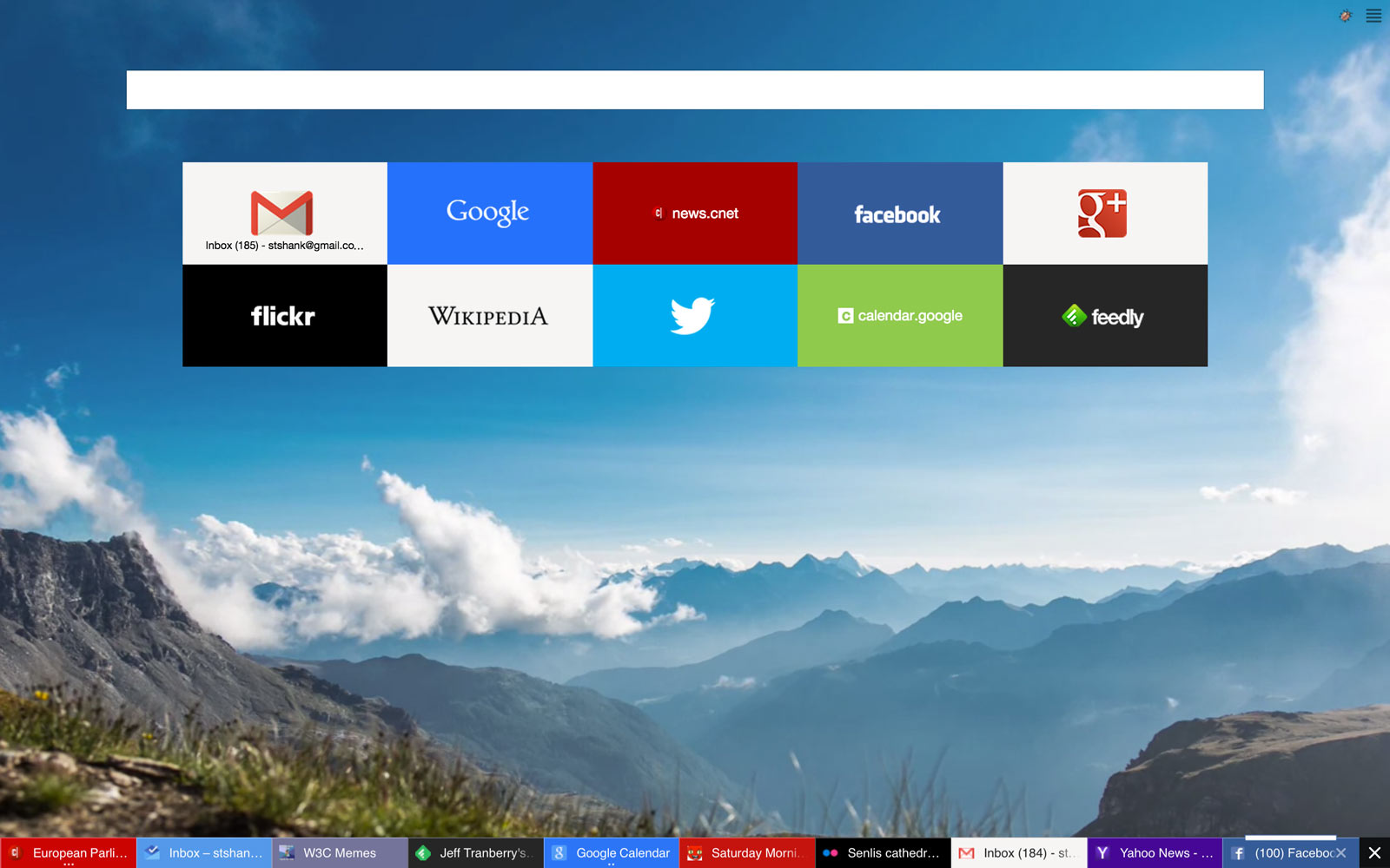 With video backgrounds on the overhauled Yandex.Browser, the clouds behind the grid of quick-access Web sites.