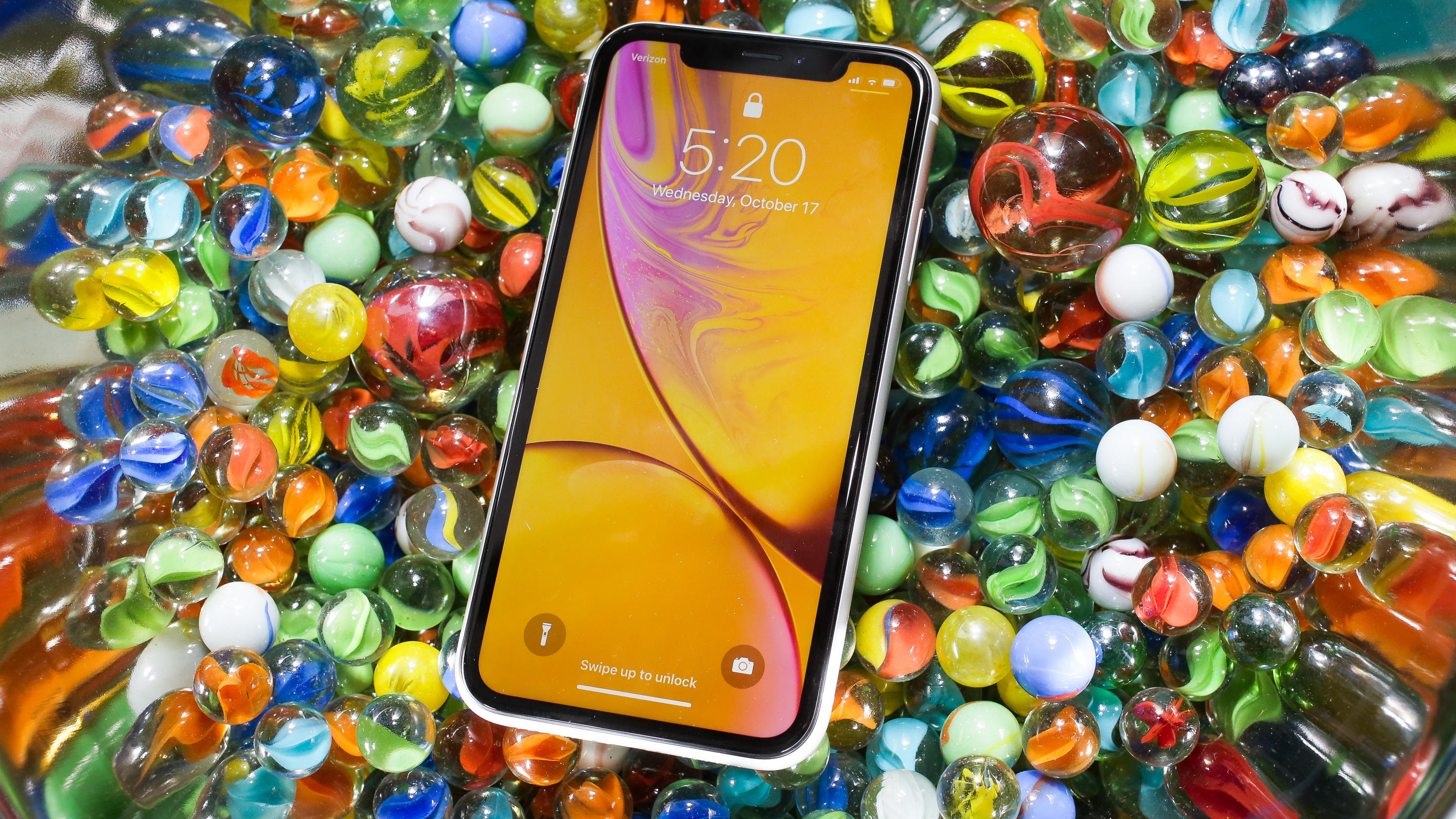013-iphone-xr-review