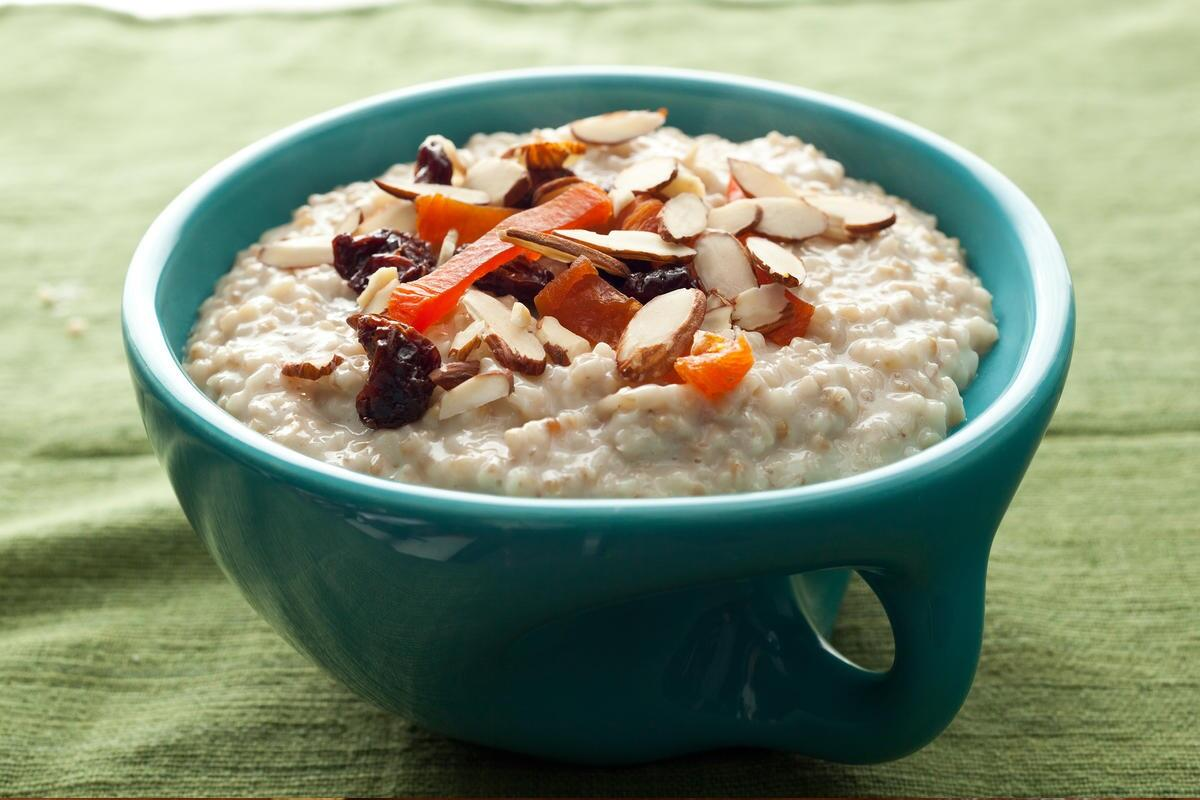 instant-pot-oatmeal-recipe-chowhound