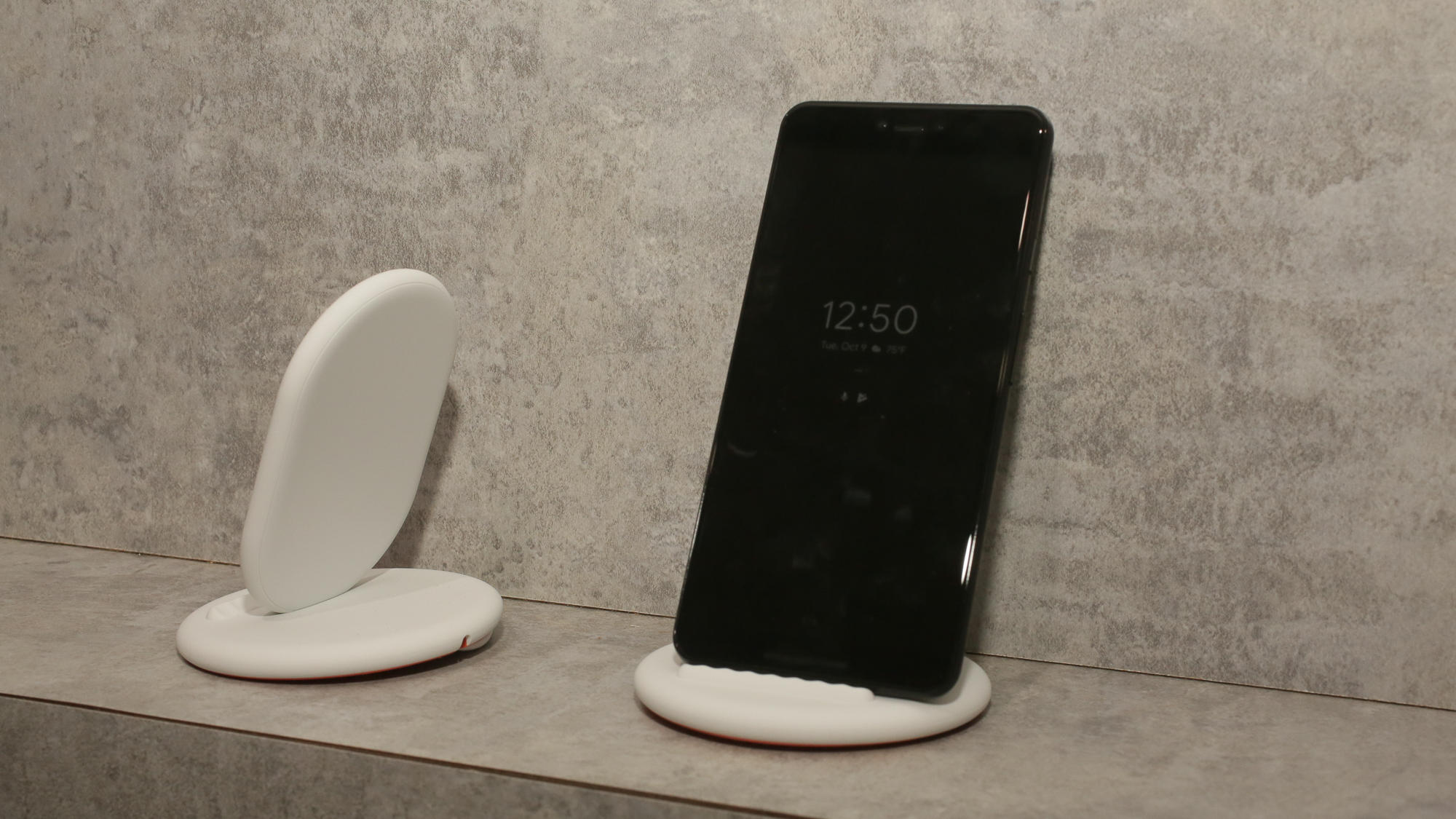 Pixel 3 in the Pixel Stand