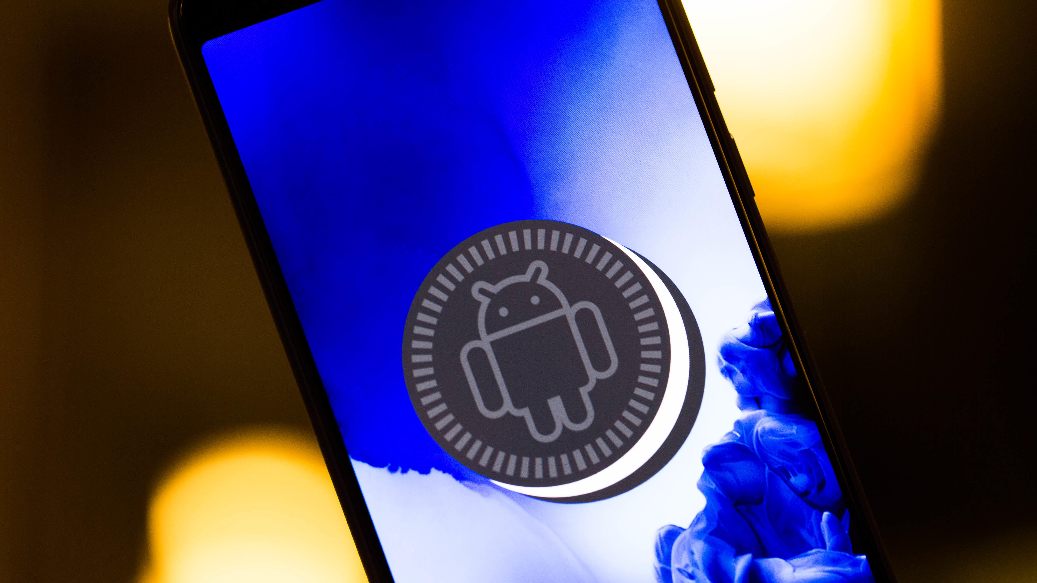 alcatel-ces-2019-1x-android-operating-system-1