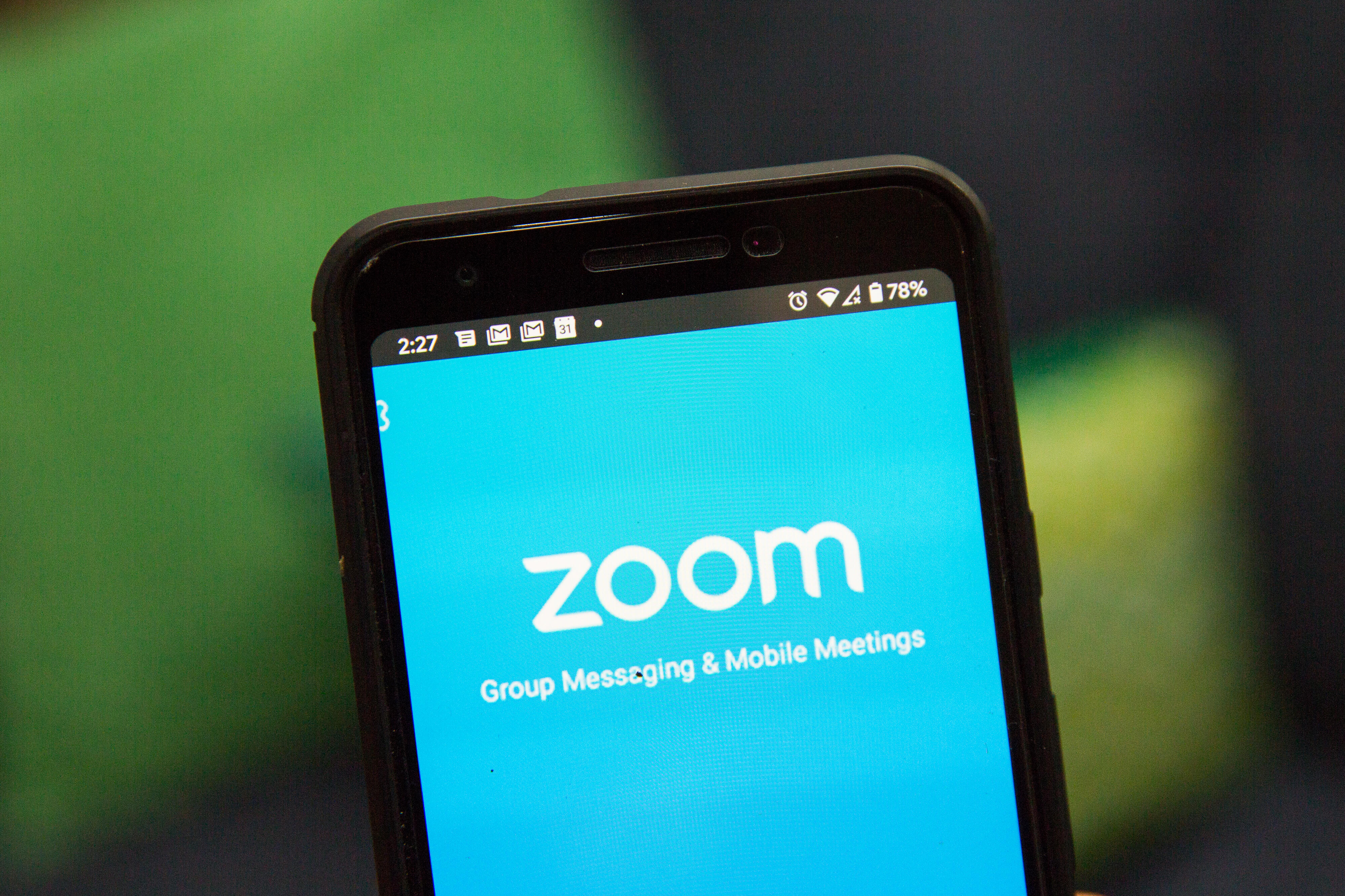 How To Change Your Zoom Background Just Like Everyone Else Cnet