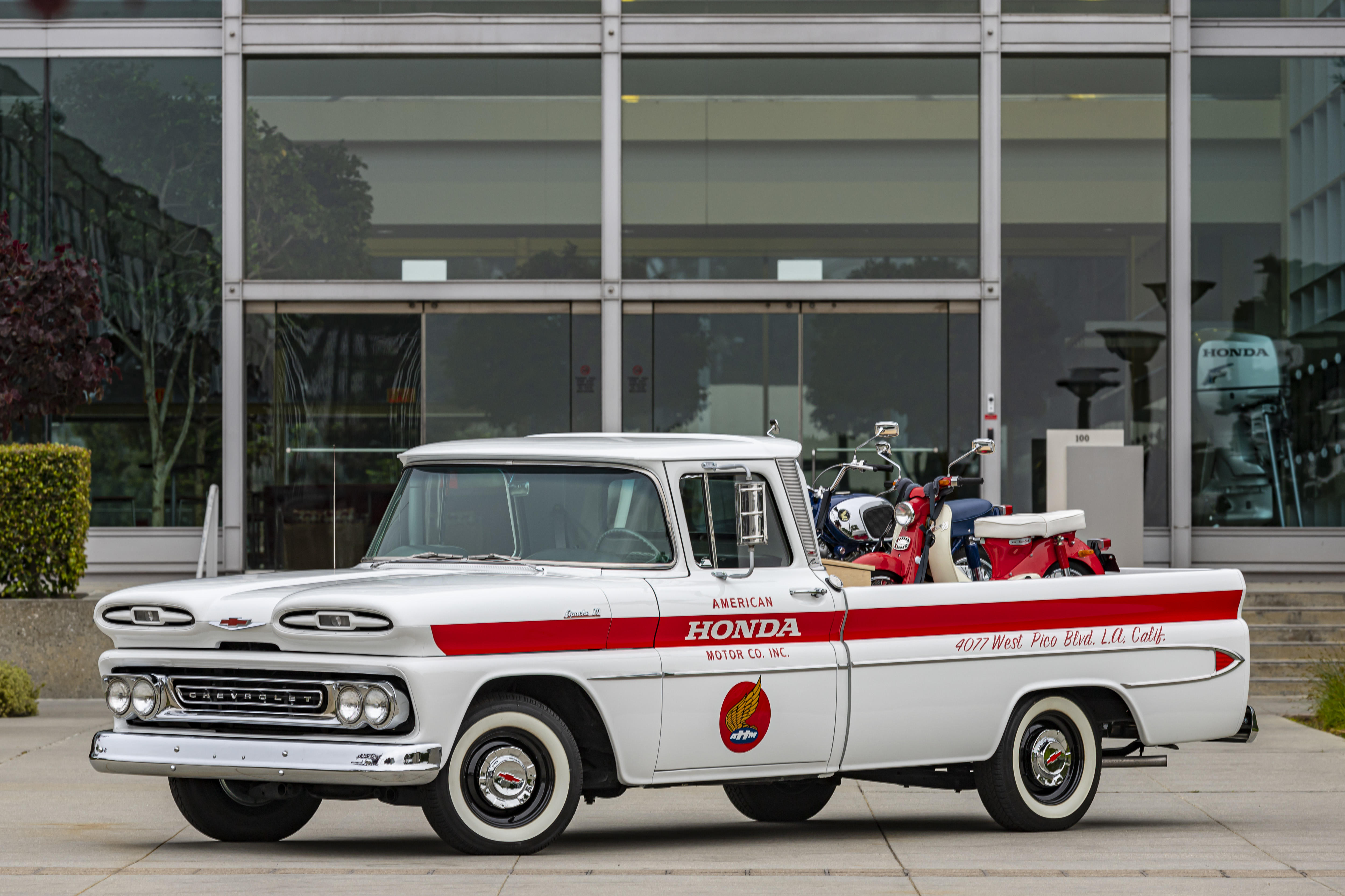 01-american-honda-60th-anniversary-chevy-delivery-truck