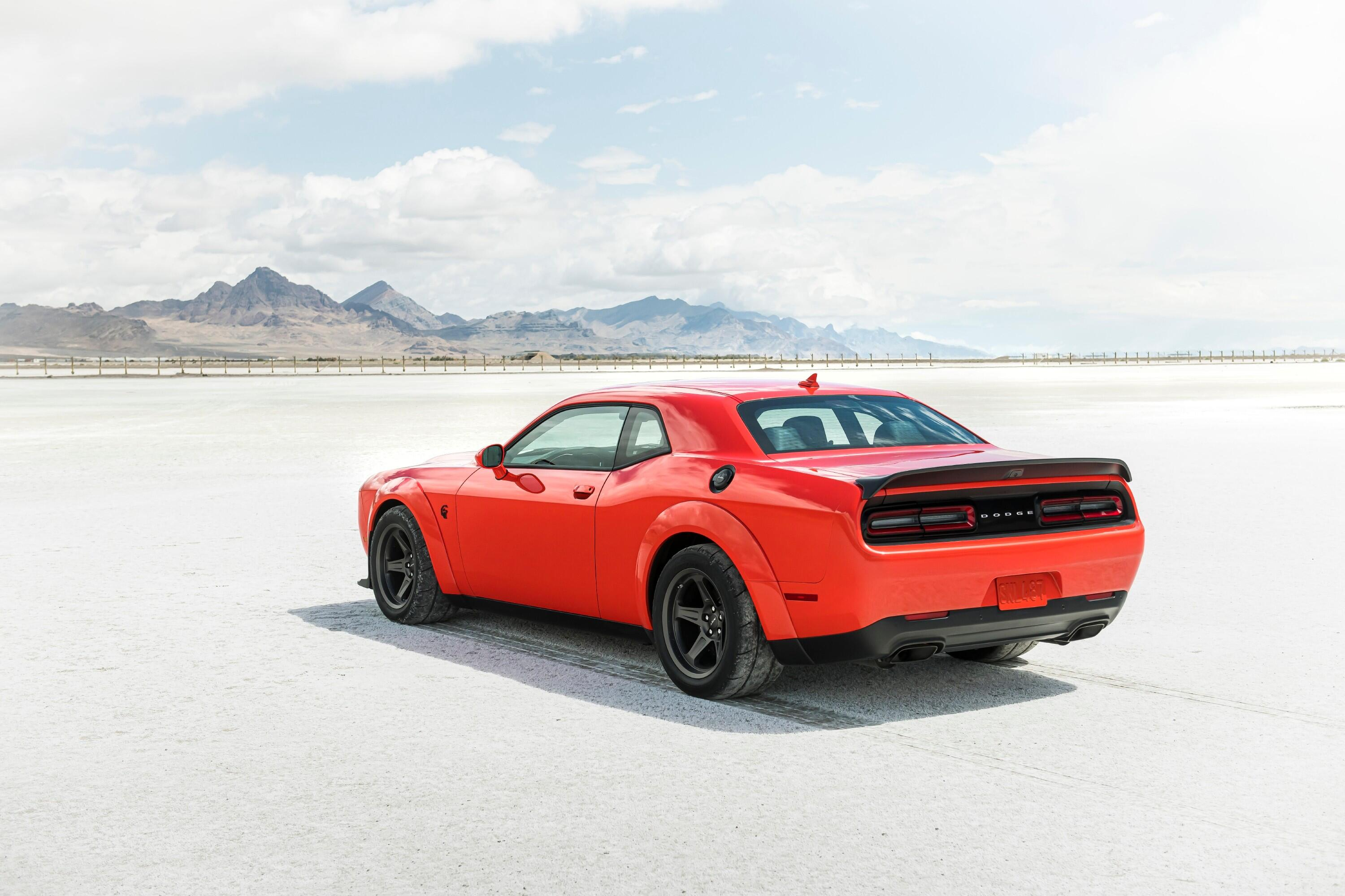 2021-dodge-challenger-srt-superstock-026