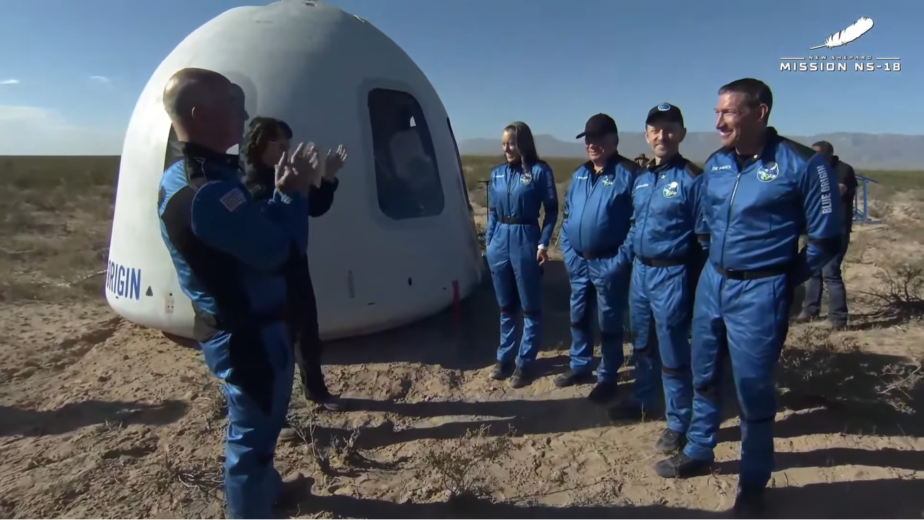 William Shatner rockets to space and back with Blue Origin - CNET