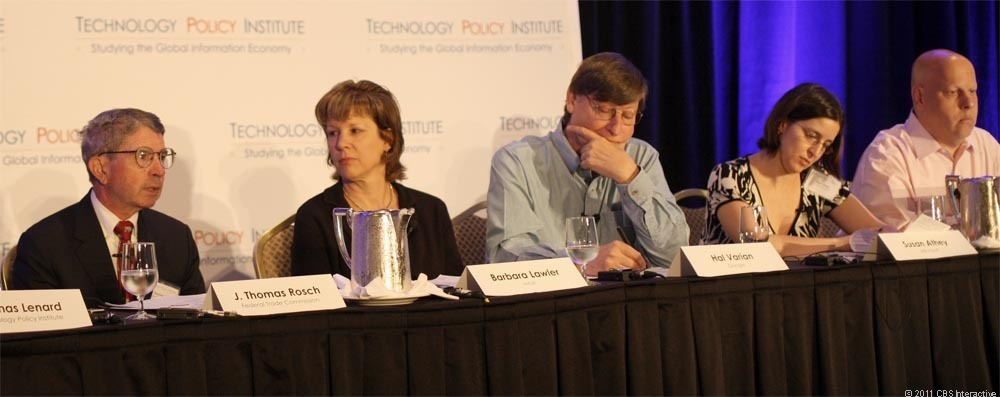J. Thomas Rosch, left, calls for a different approach to Do Not Track