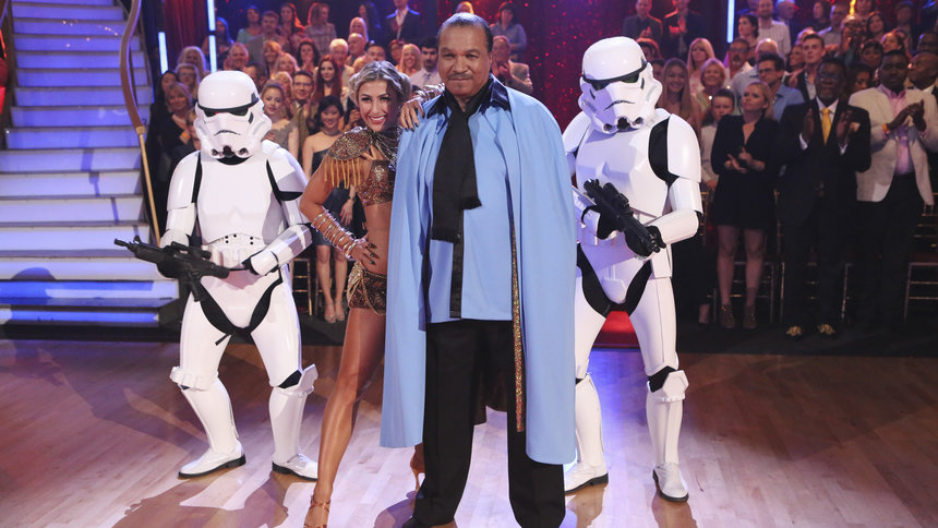 """Actor Billy Dee Williams channeled Lando Calrissian with his crowd-pleasing """"Star Wars"""" Cha-Cha routine for his """"Dancing with the Stars"""" debut."""