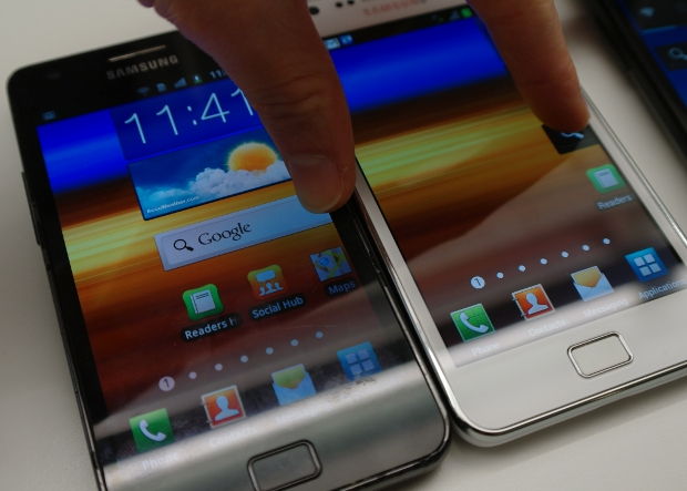 Samsung Galaxy S2 ICS homescreens