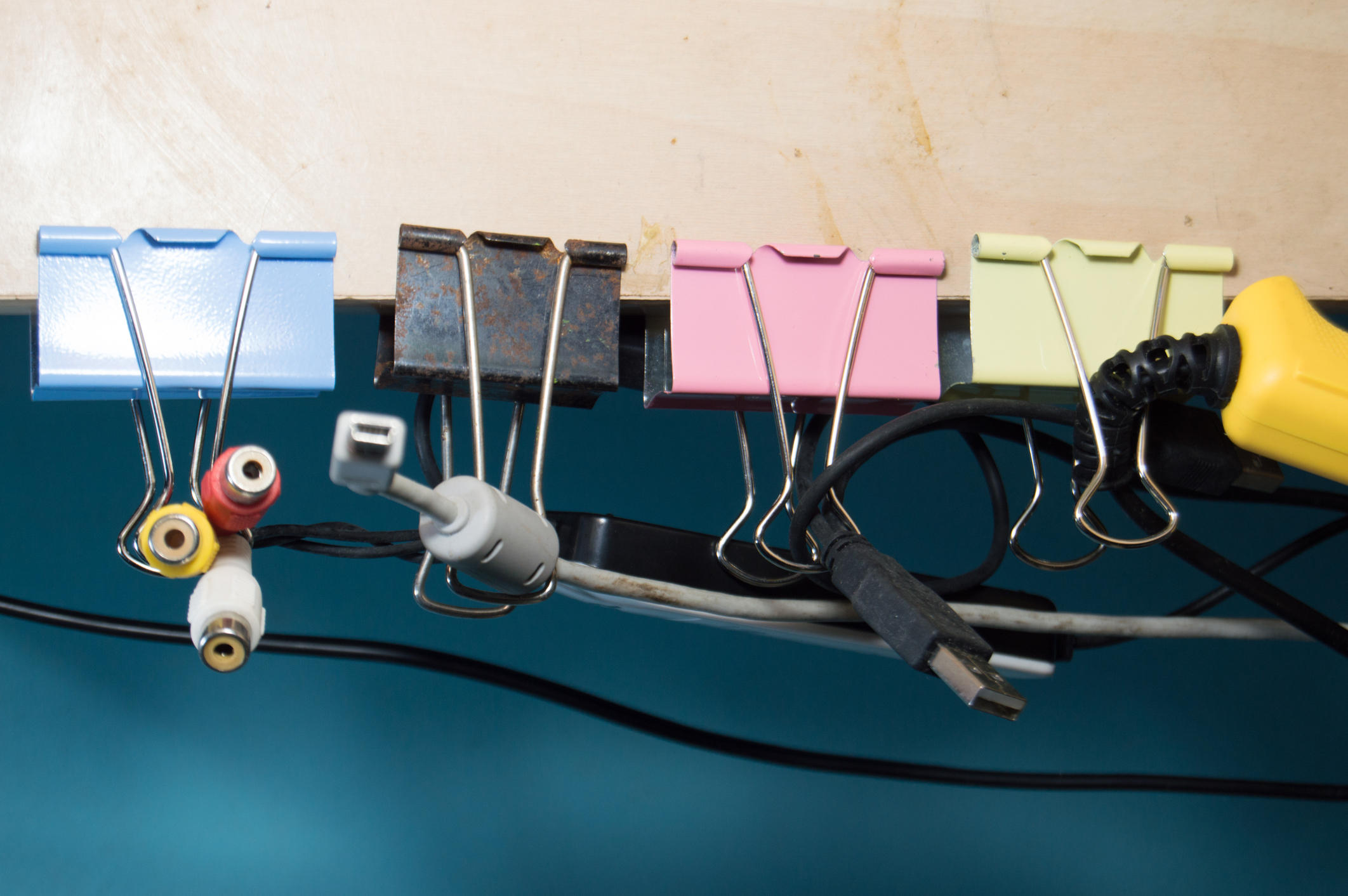 Paper clips to hold cables