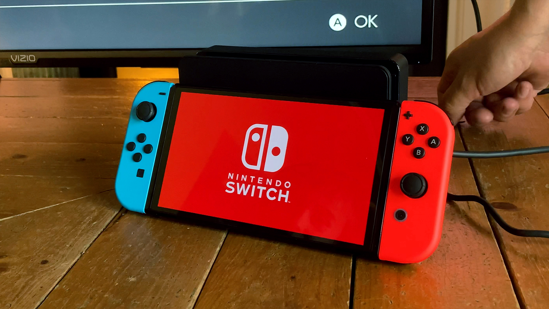 Video: How to move into your new Nintendo Switch OLED