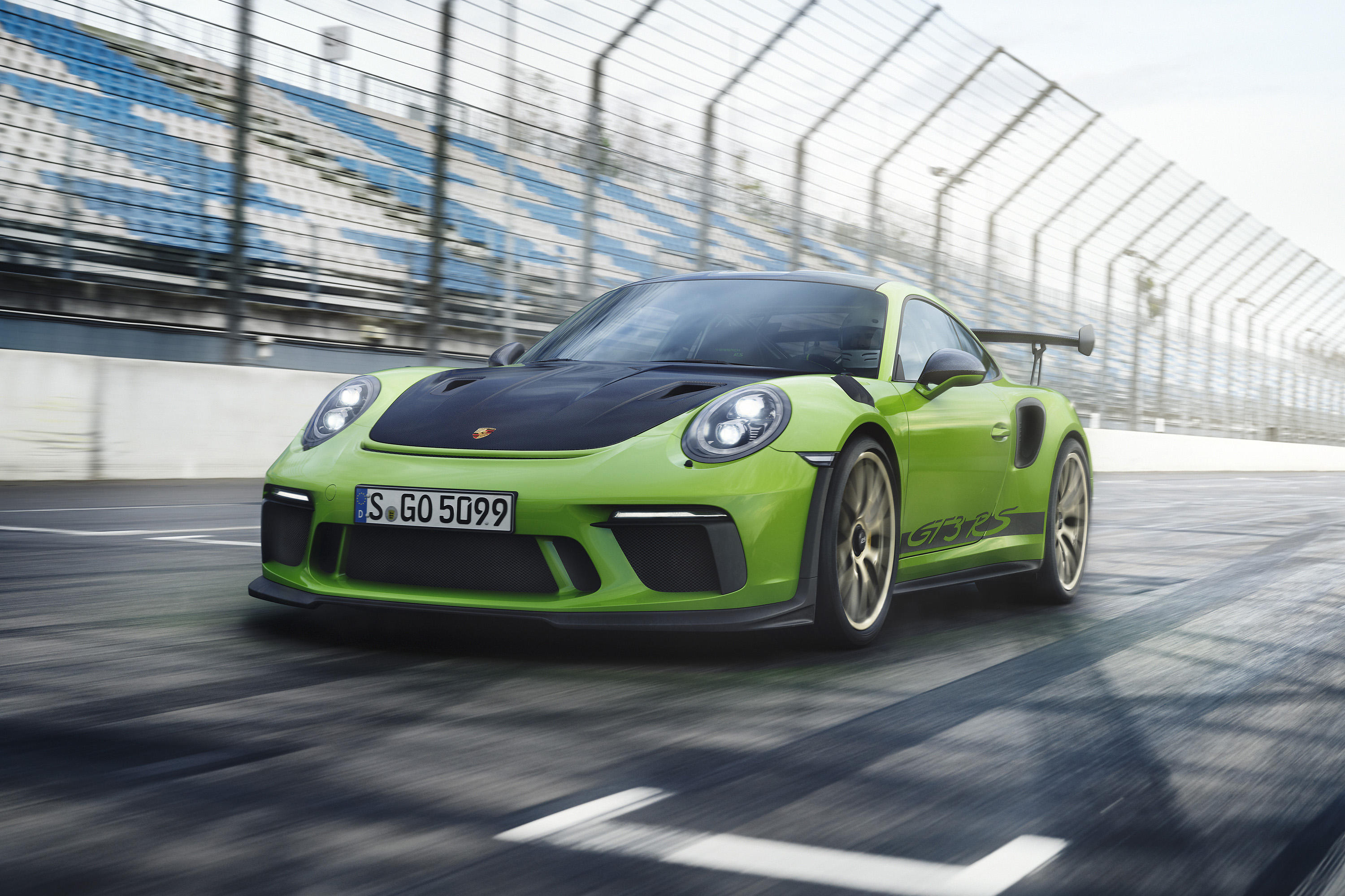 2019-gt3-rs-promo