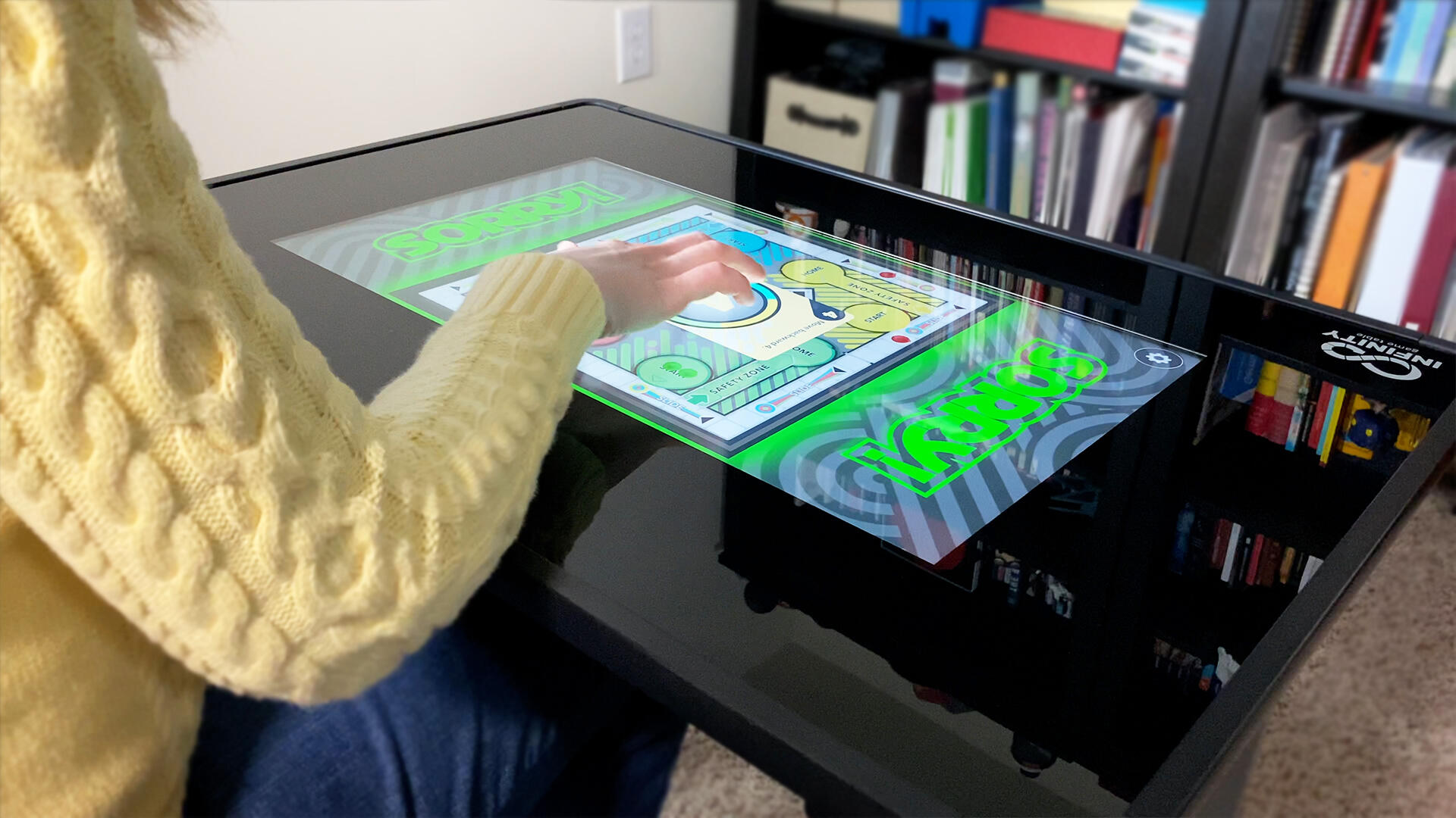 Video: Infinity Game Table puts board games on demand