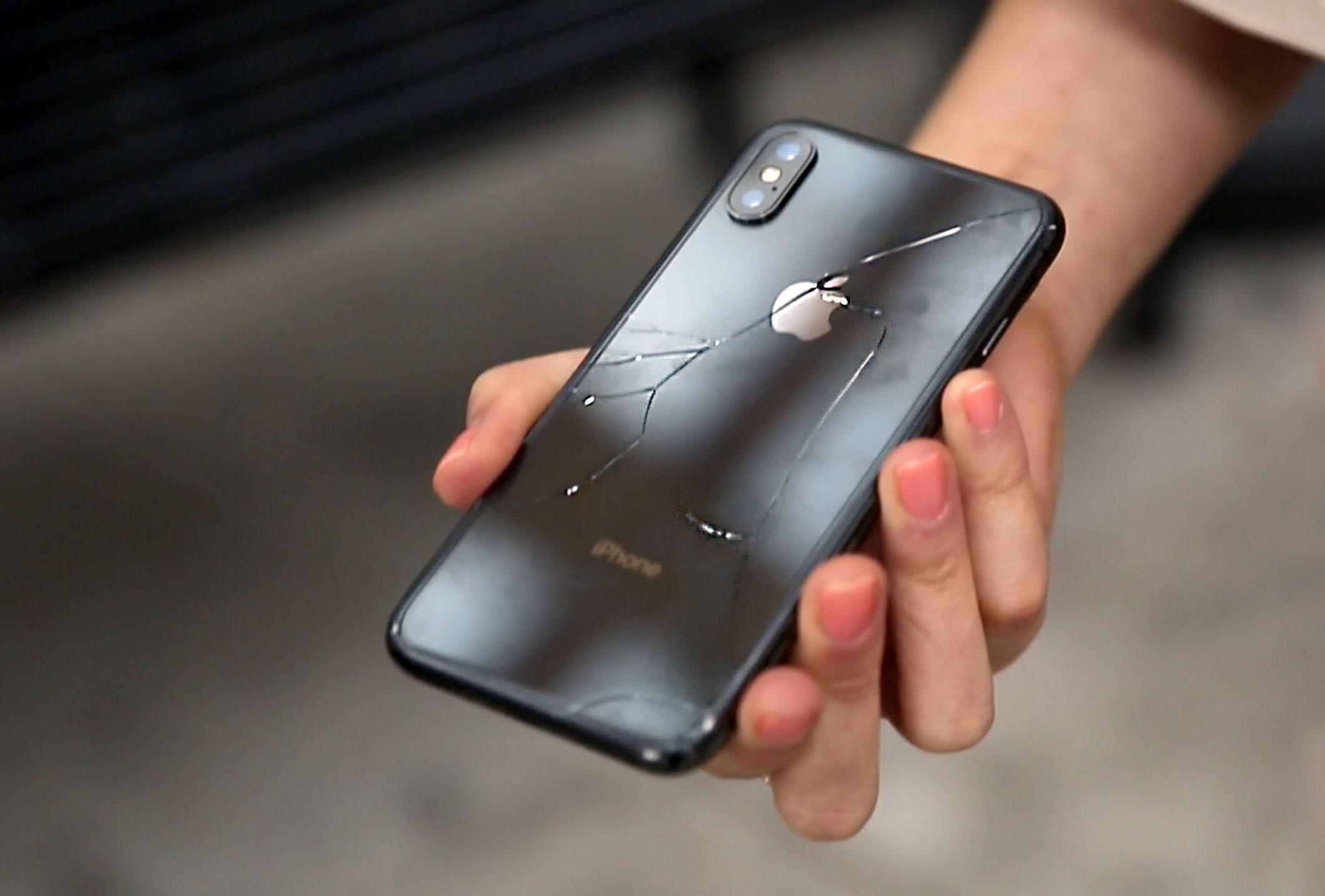Apple iPhone X drop test: It cracked on the first drop - CNET