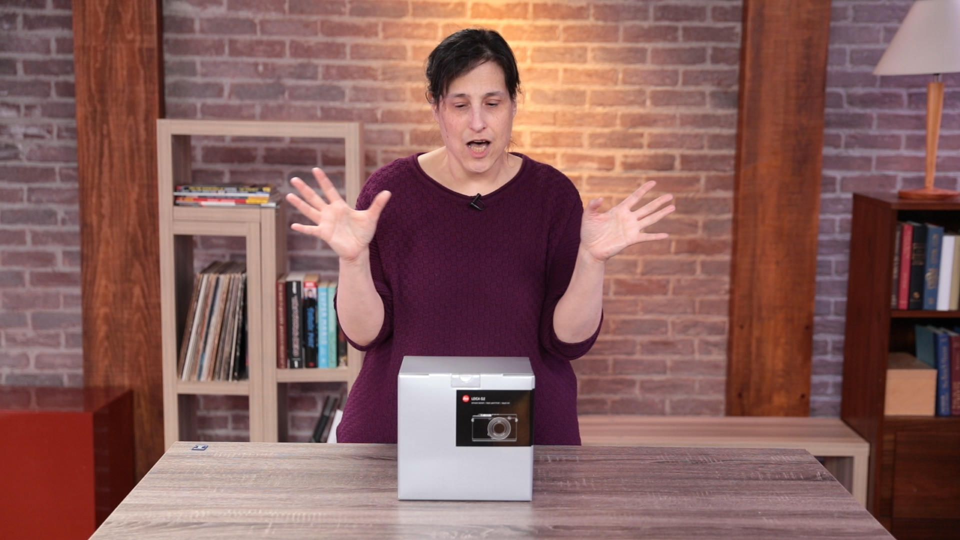 Video: Leica Q2 comes in a box of wonders