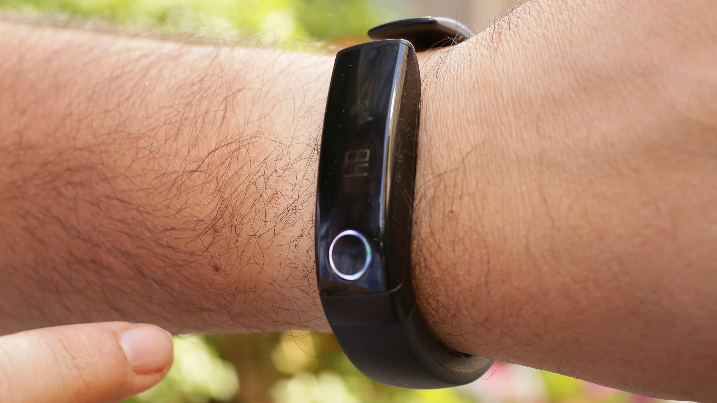 lg-lifeband-touch-product-photos33.jpg