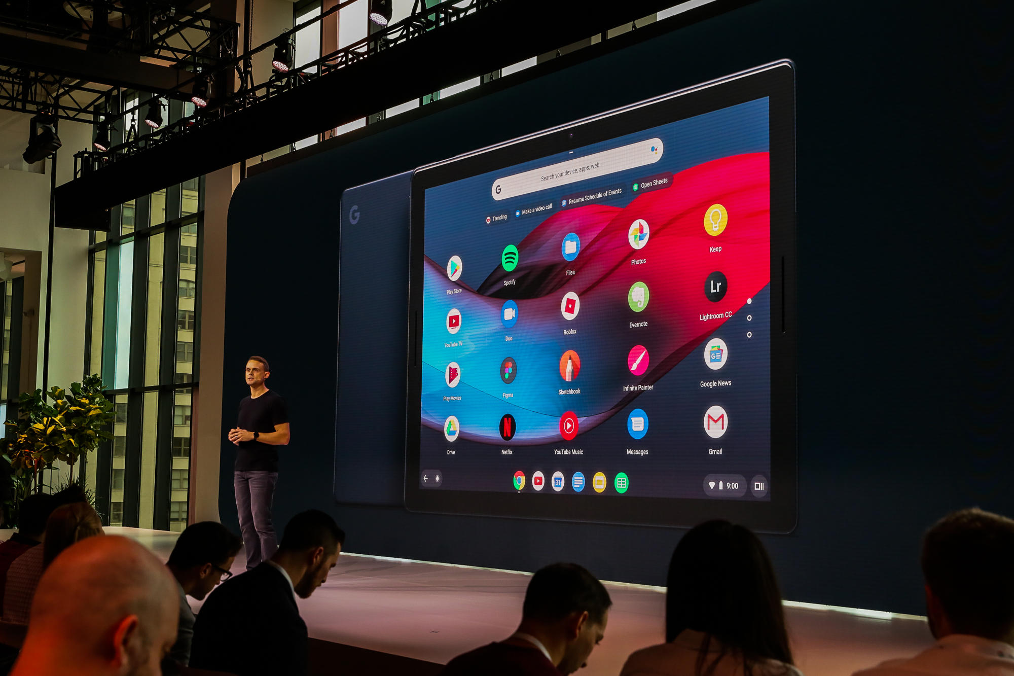 Pixel Slate takes center stage