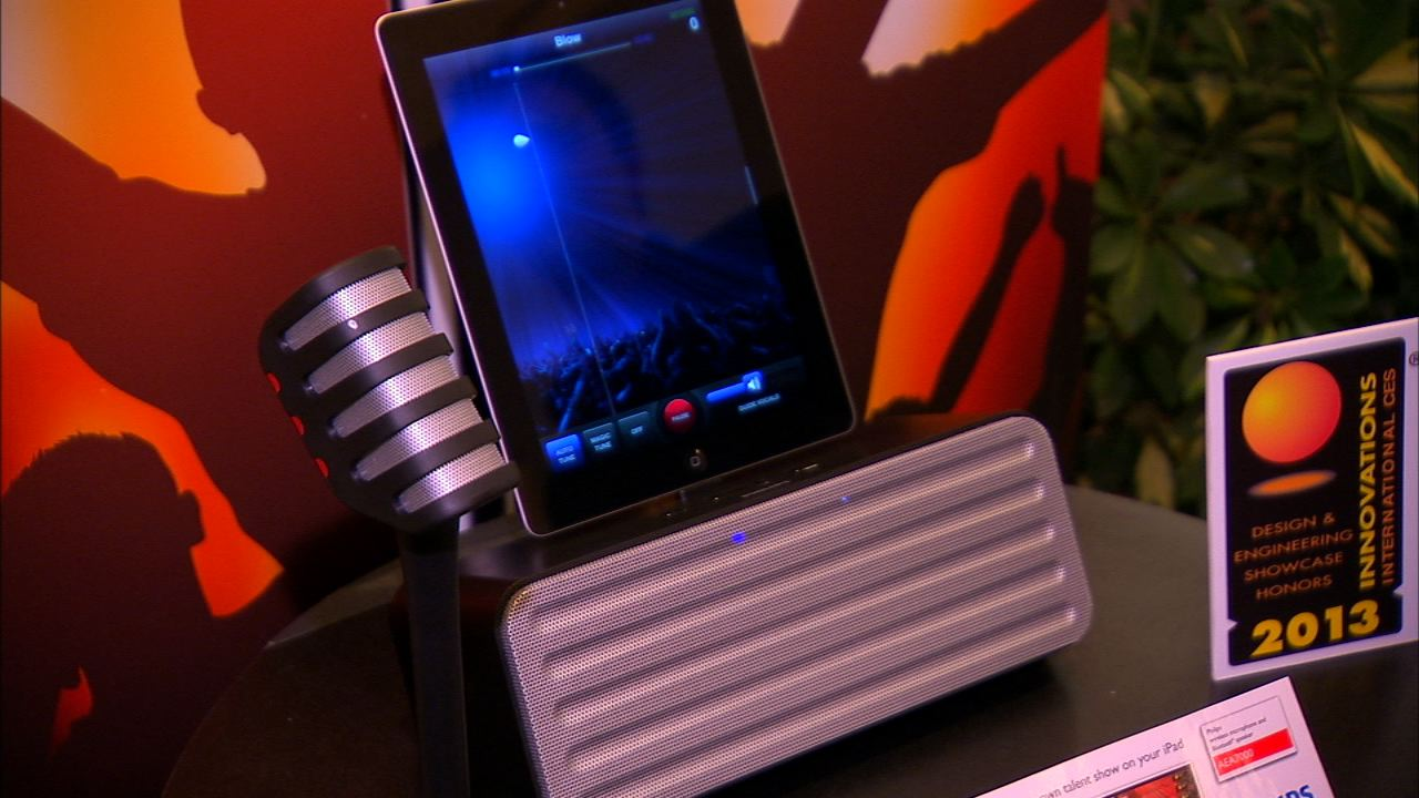 Video: The Philips AEA7100 Starmaker is for karaoke fans