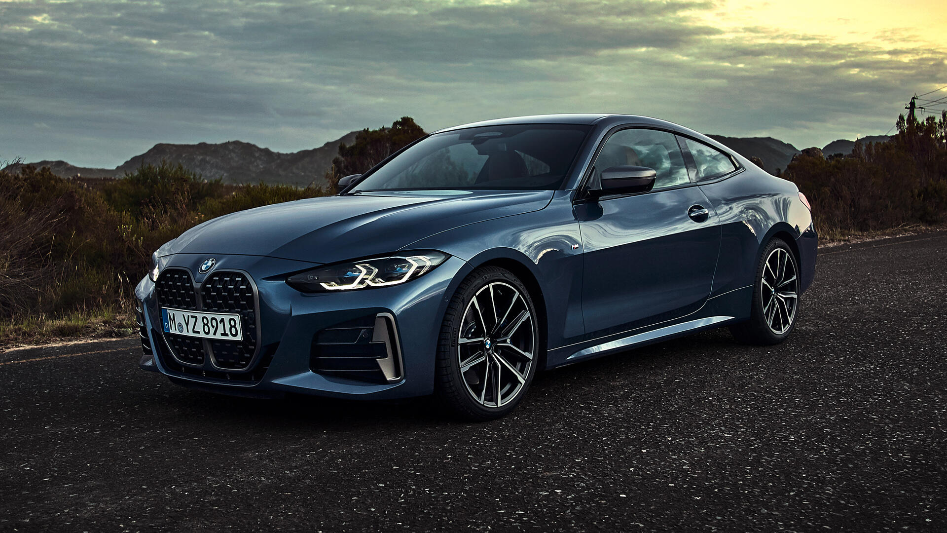 Video: BMW's 2021 4-series is almost more grille than car