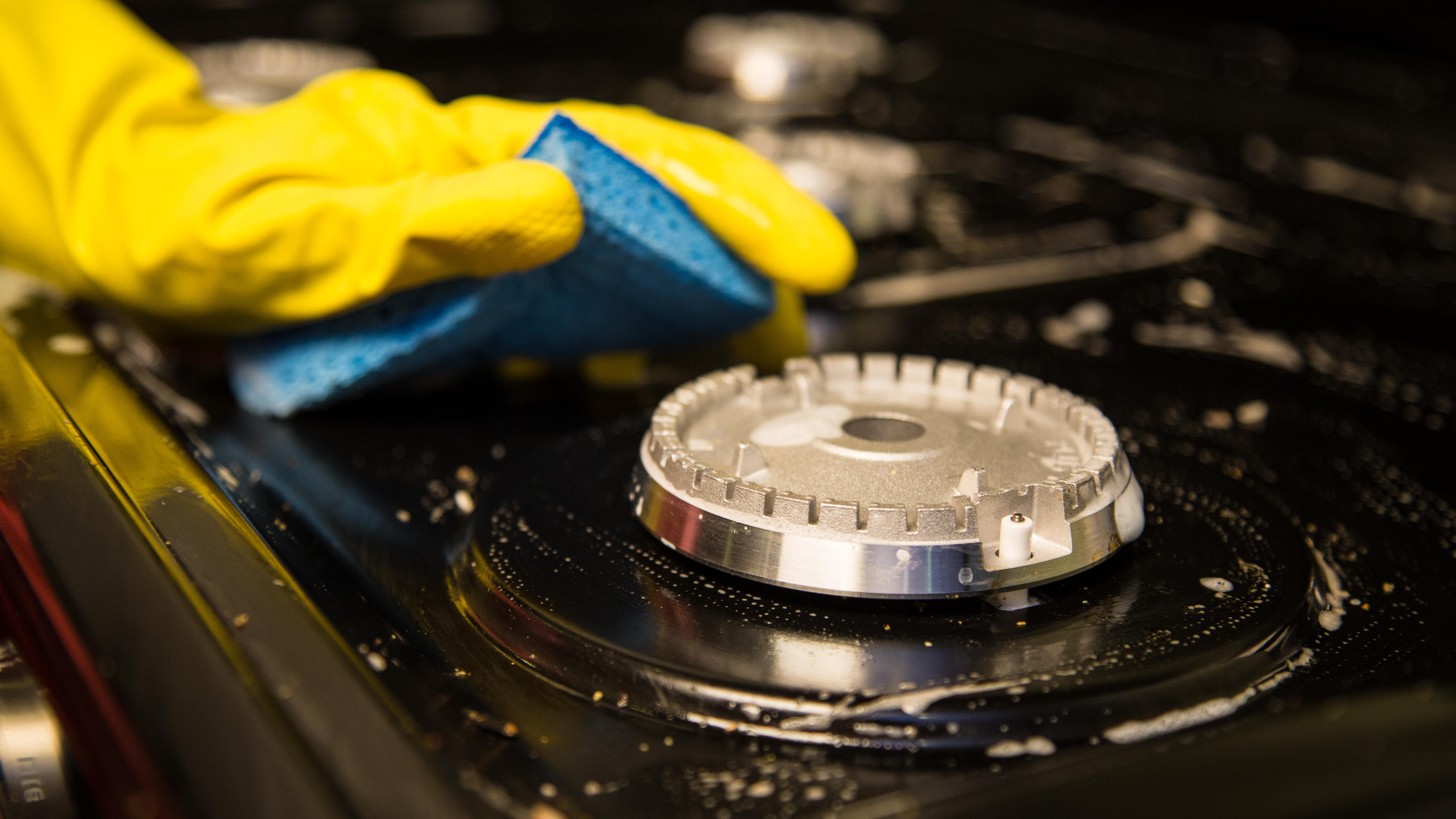 how-to-clean-cooktop-5