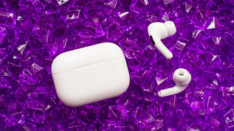 11-apple-airpods-pro