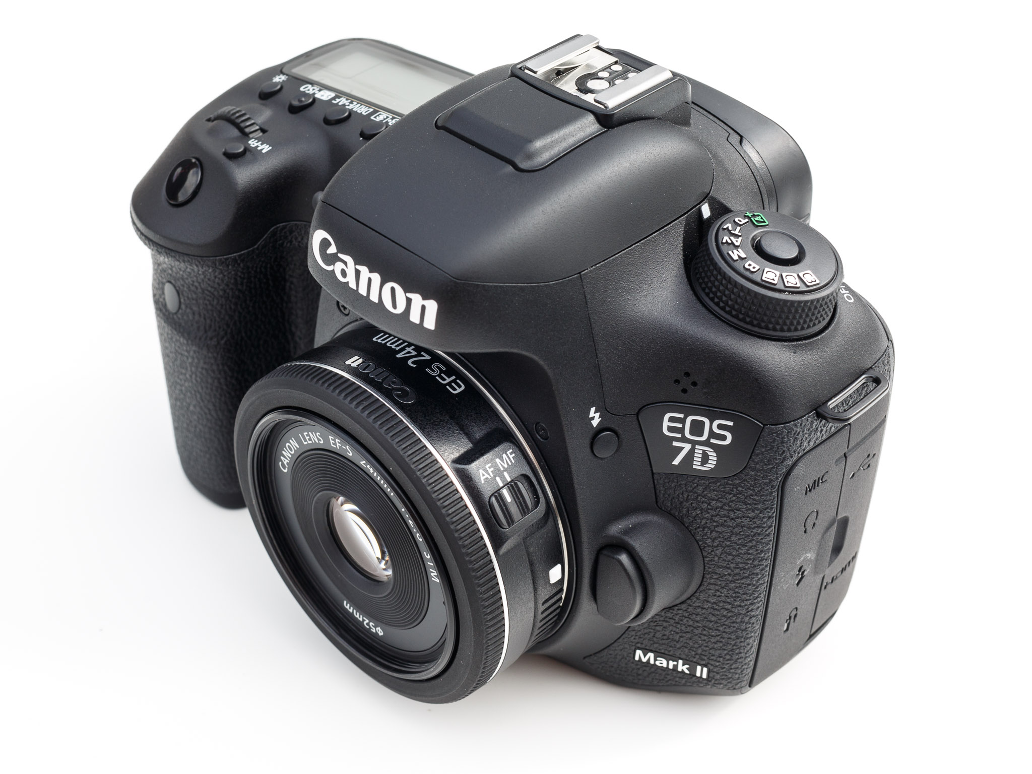 Canon's 7D Mark II debuted at Photokina along with this compact 28mm f2.8 pancake lens.