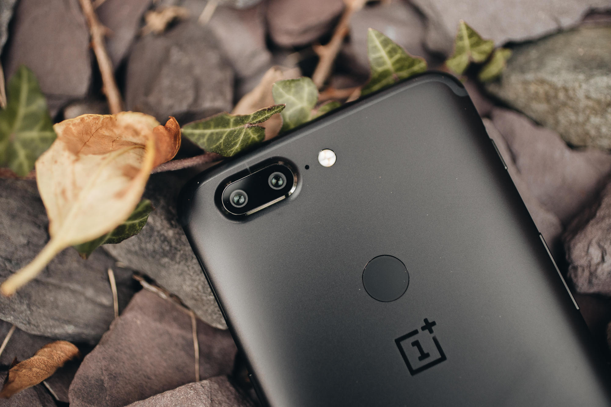 oneplus-5t-product-4