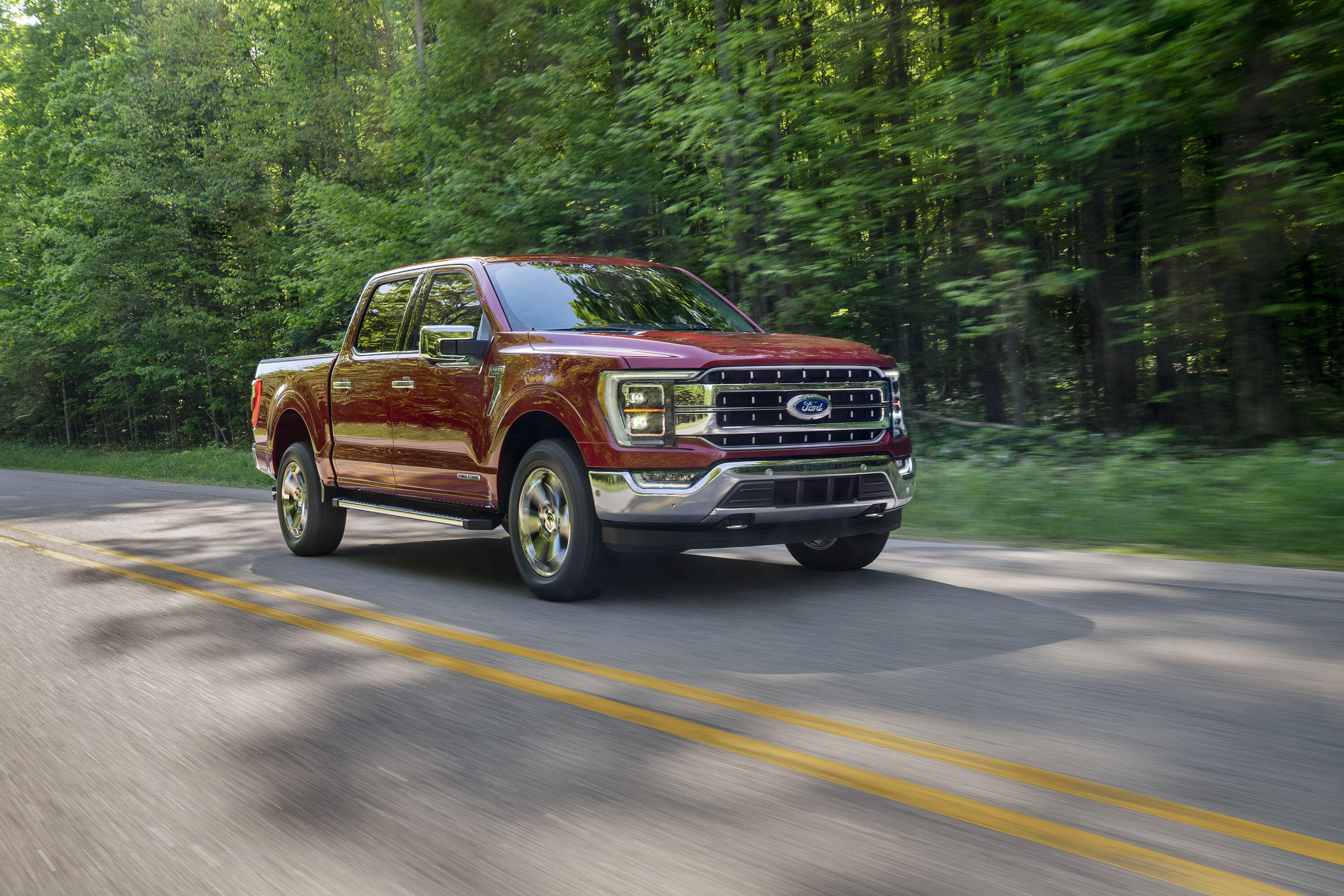 2021 Ford F-150 driving