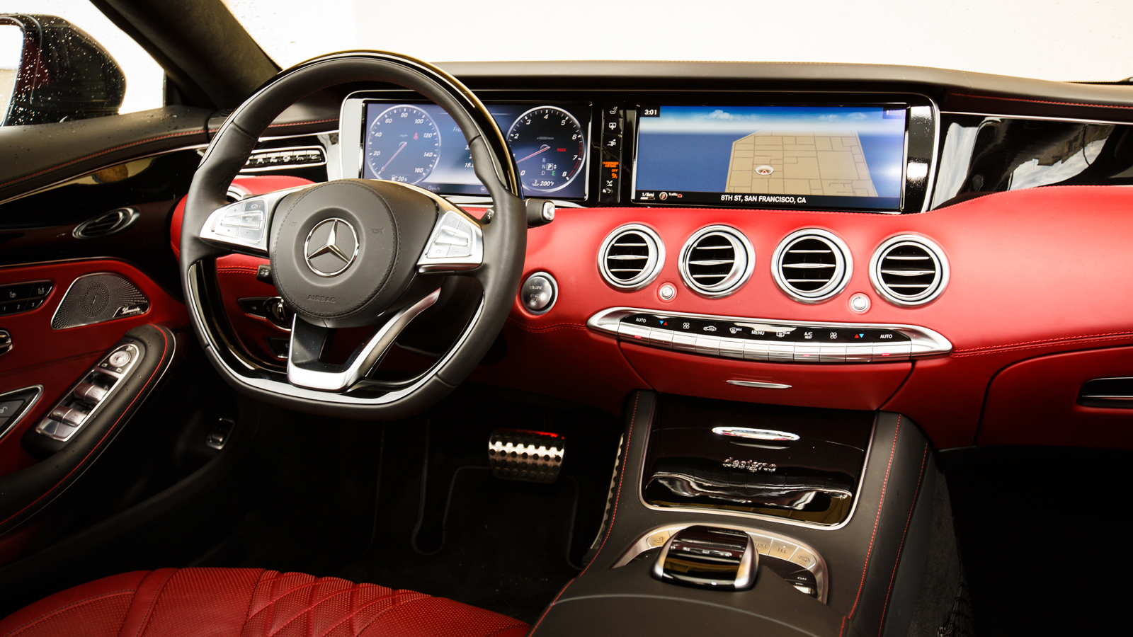 Mercedes-Benz-S550-Coupe