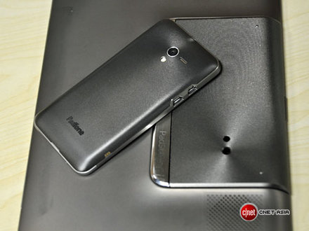 Asus PadFone and tablet back