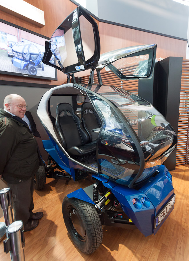 DFKI's EO has gull-wing doors designed to lift out of the way in cramped urban areas.