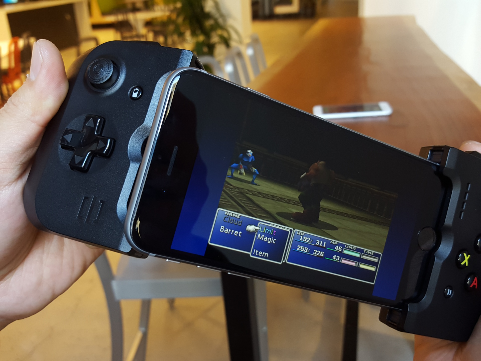 Gamevice for iPhone