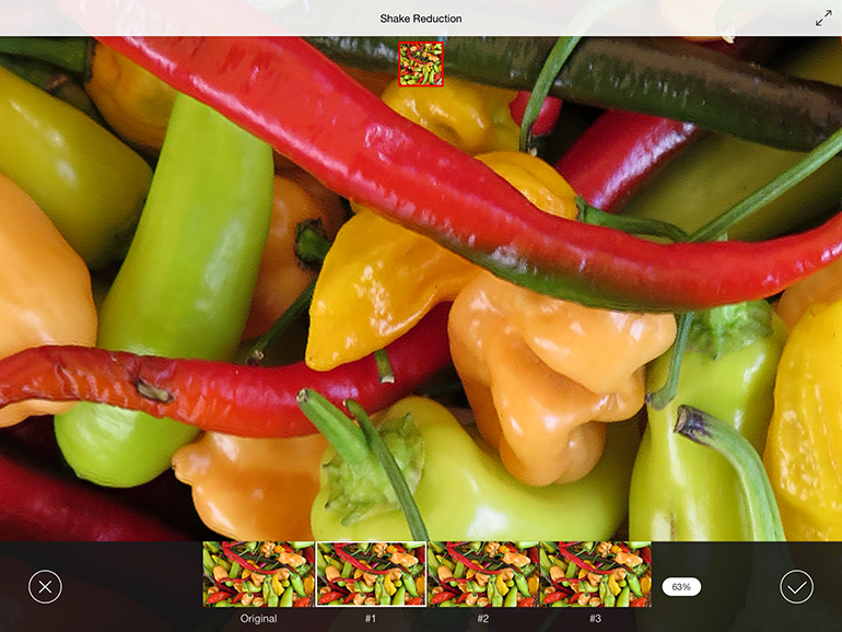 Photoshop Mix taps into Adobe servers over the network for a feature to reduce camera-shake-induced blurriness.