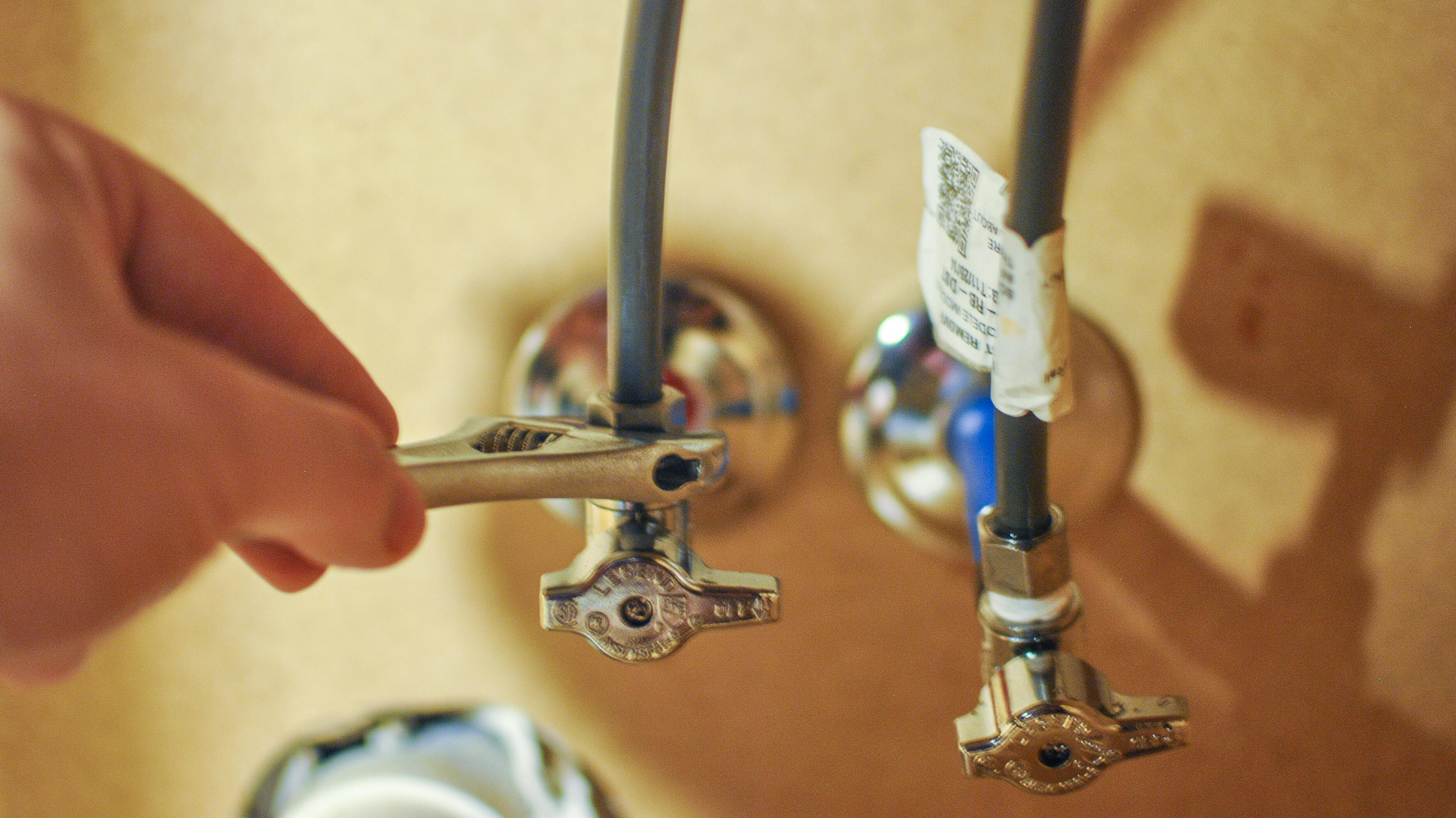 chance-lane-faucet-install-5