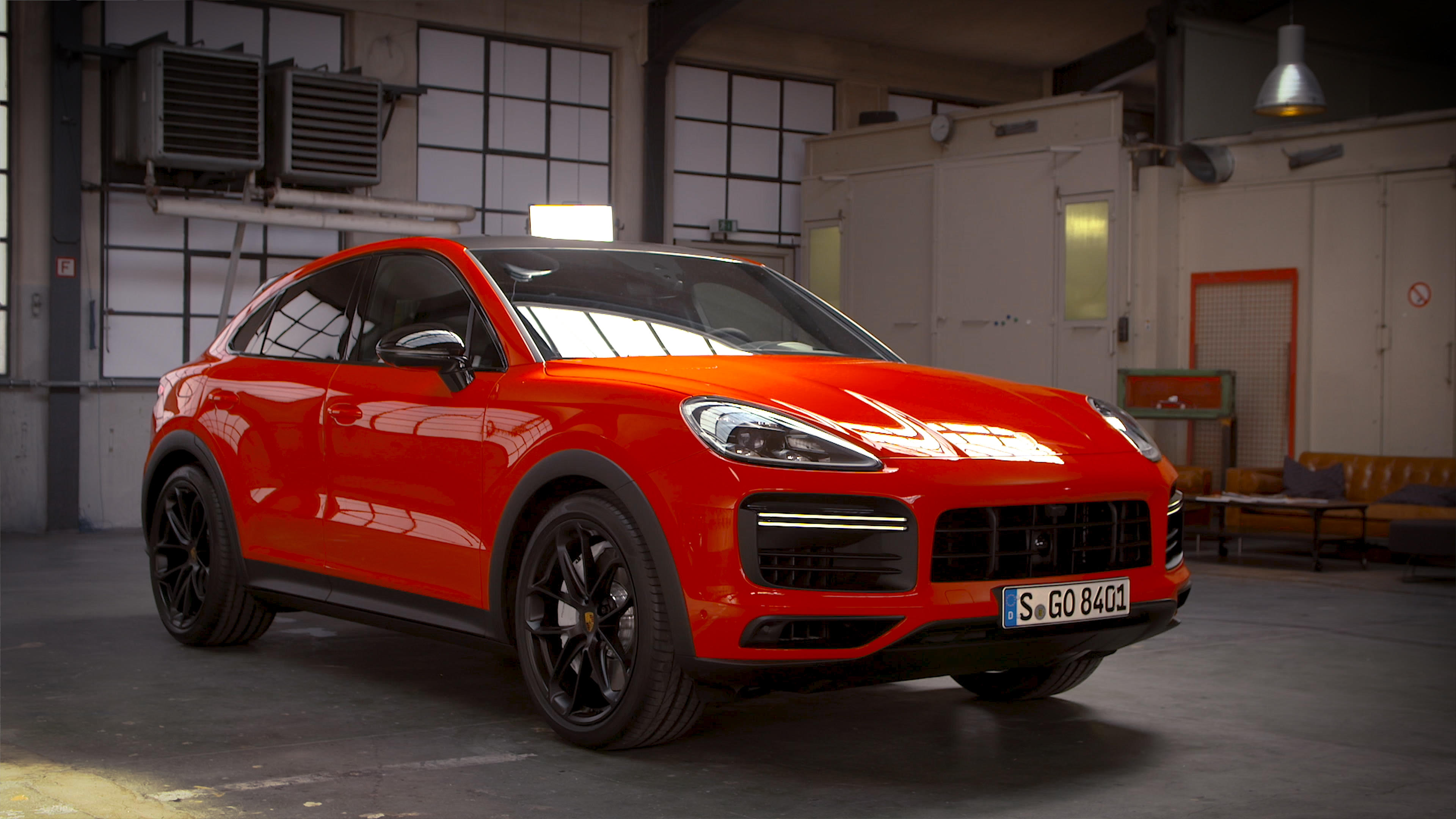 Video: 5 things you need to know about the 2020 Porsche Cayenne Coupe
