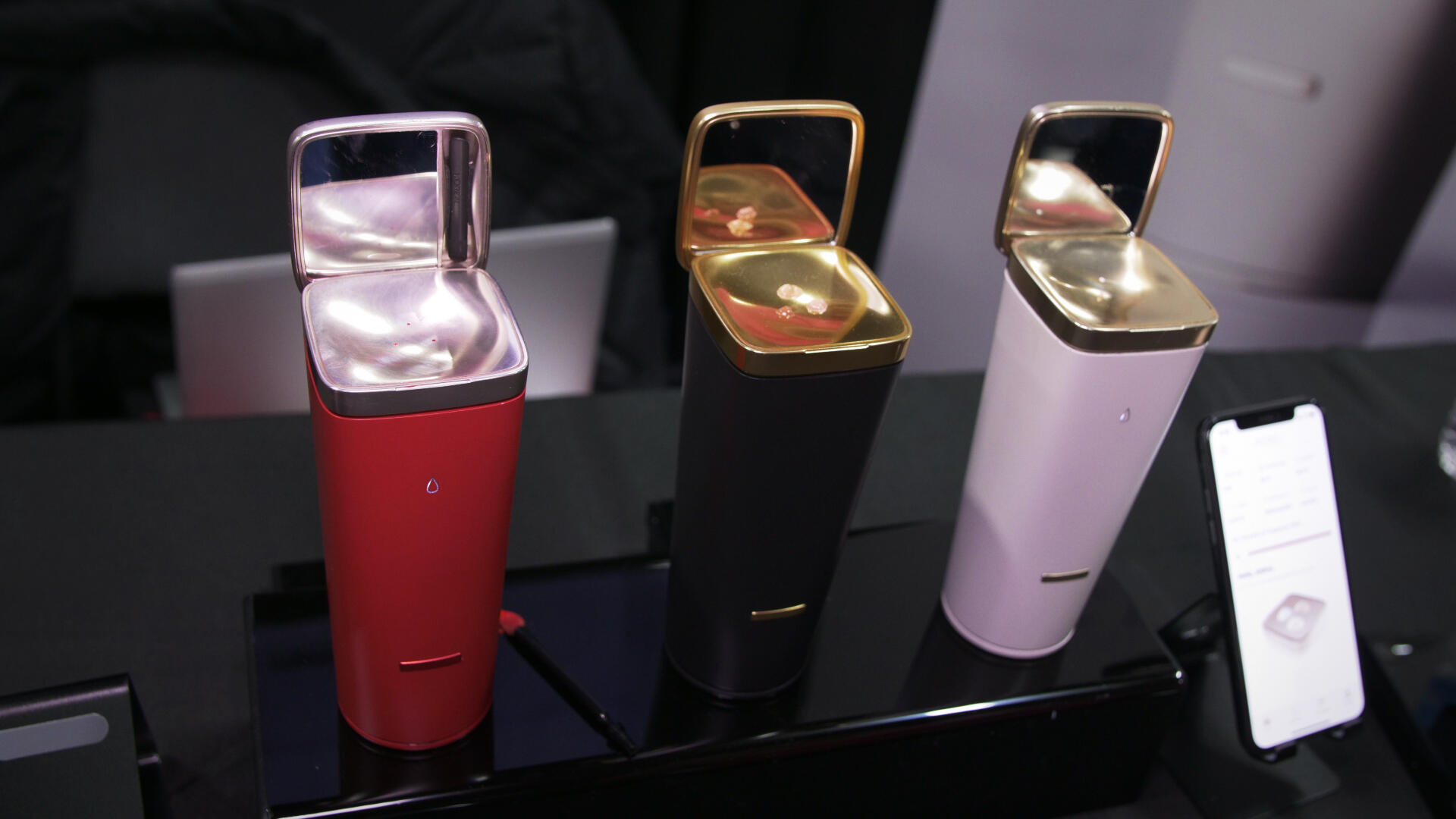 Video: L'Oreal lets you concoct your own lip colors and skincare at home