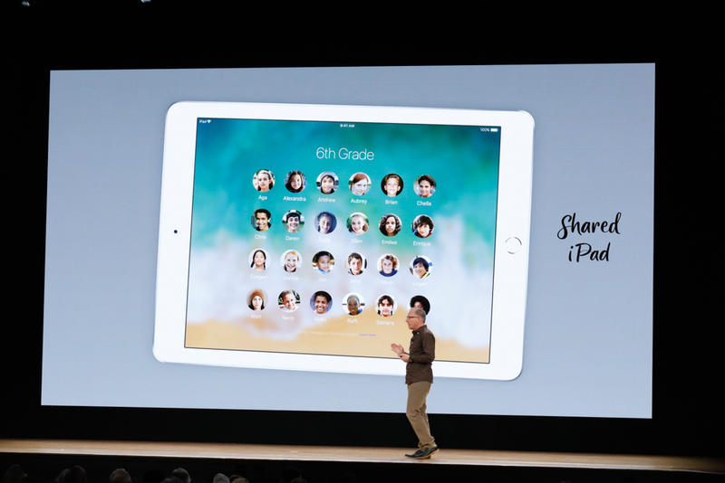 054-apple-chicago-education-event