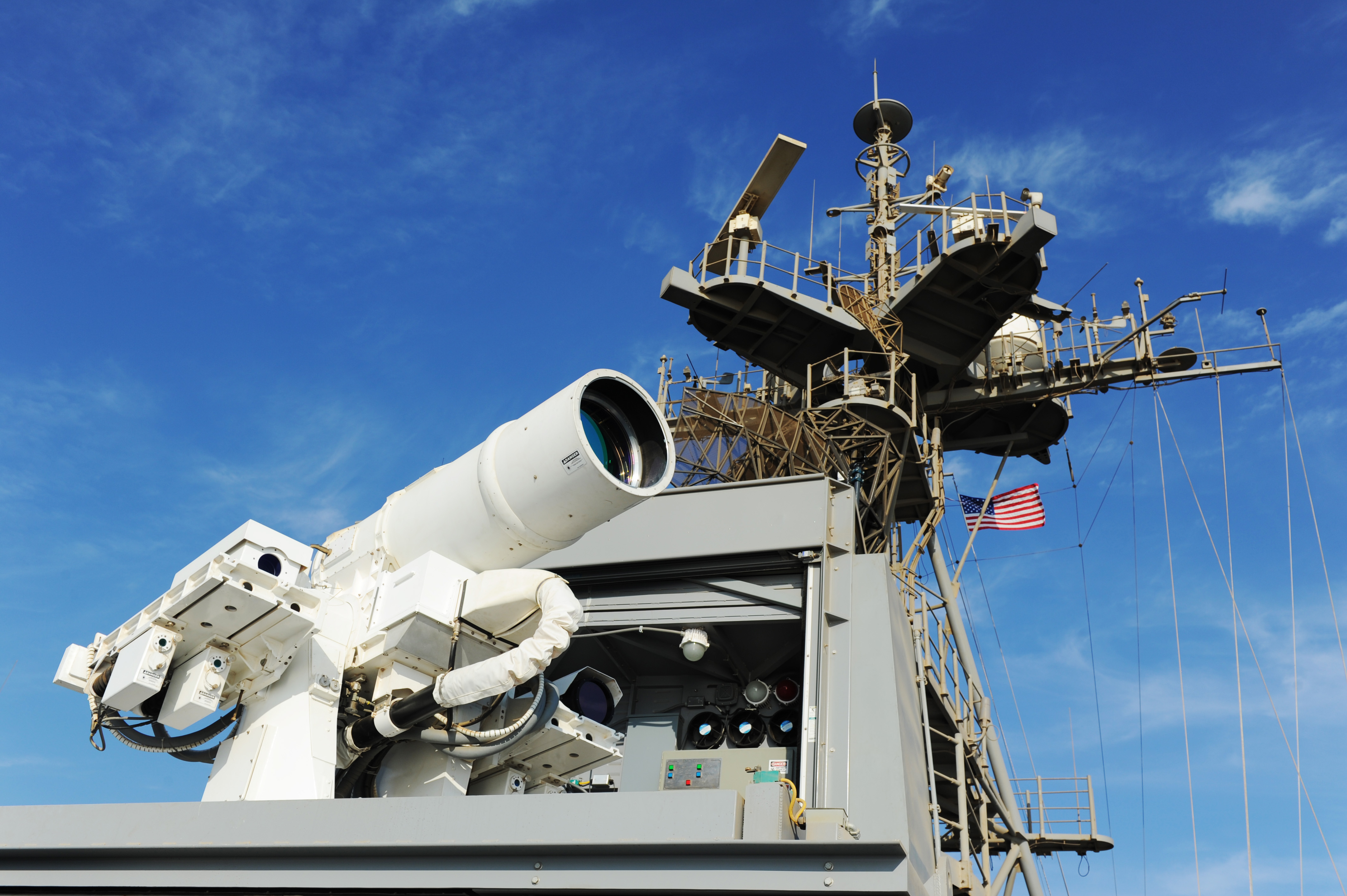 laser-weapon-system-on-uss-ponce.jpg