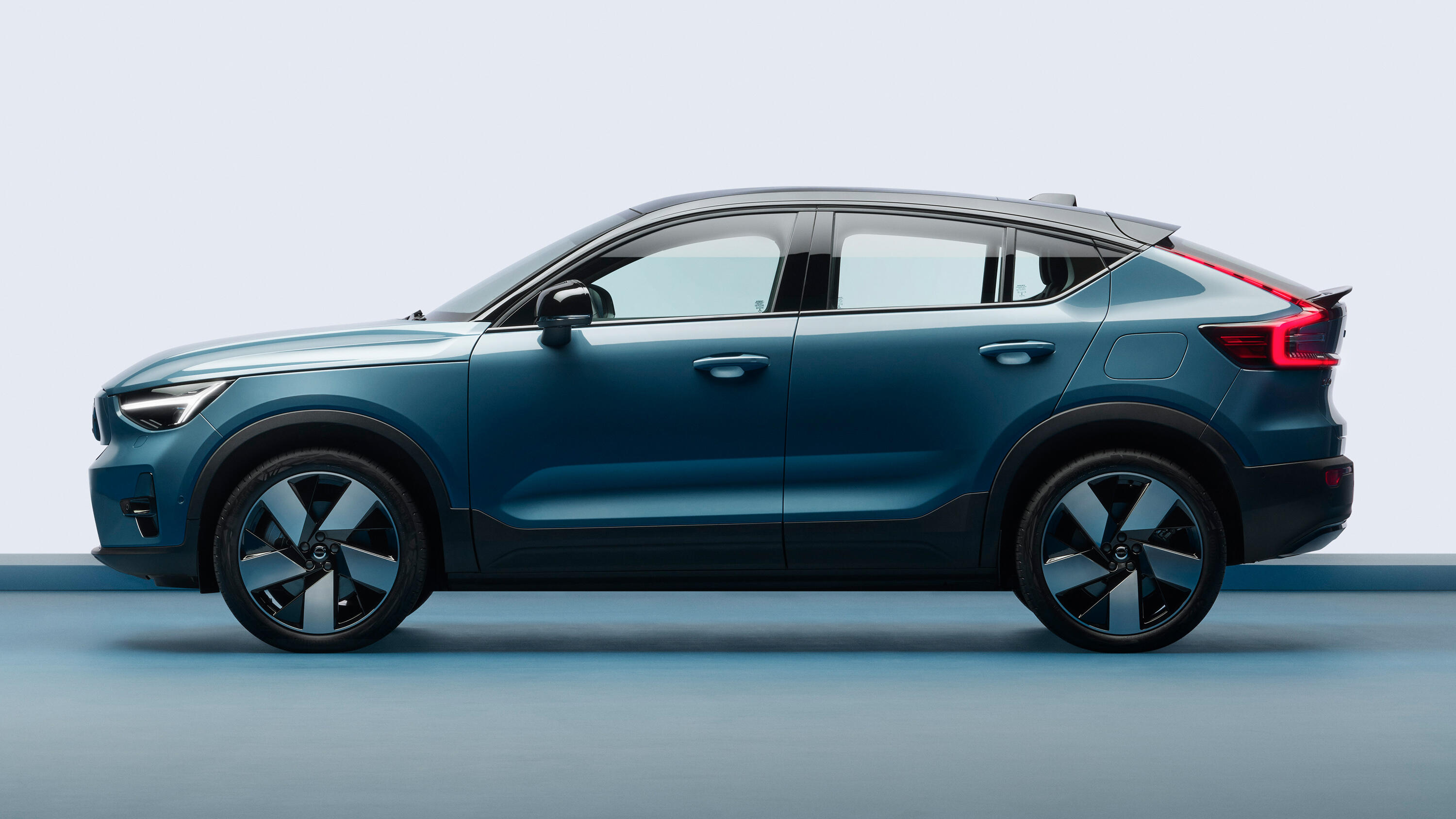 Video: Volvo's electric C40 Recharge has the shape to match its speed