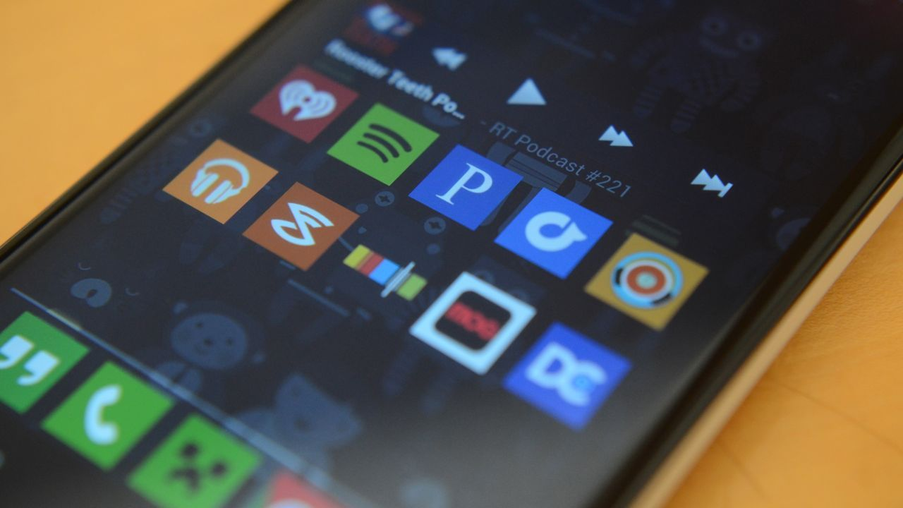 8 great streaming apps: Which works best behind the wheel?