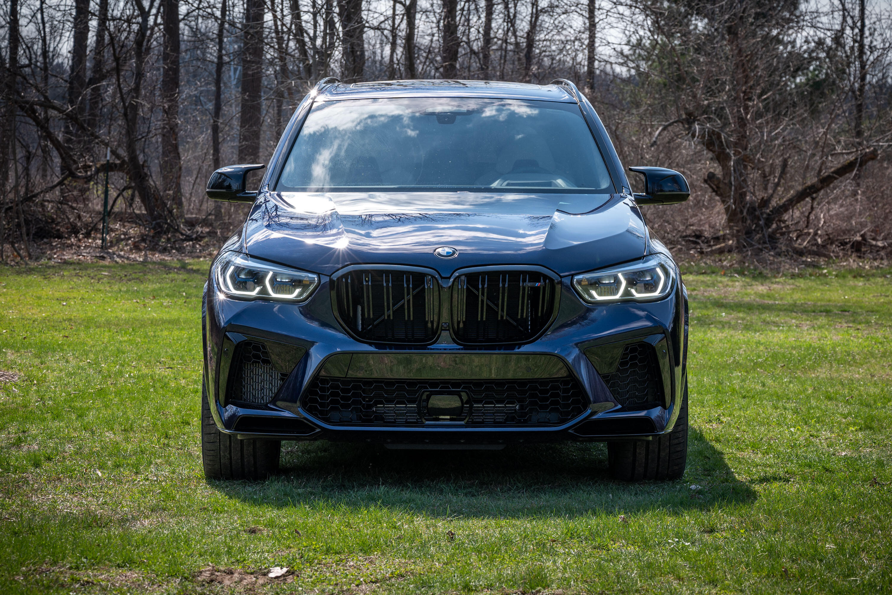 2020-bmw-x5-m-competition-04