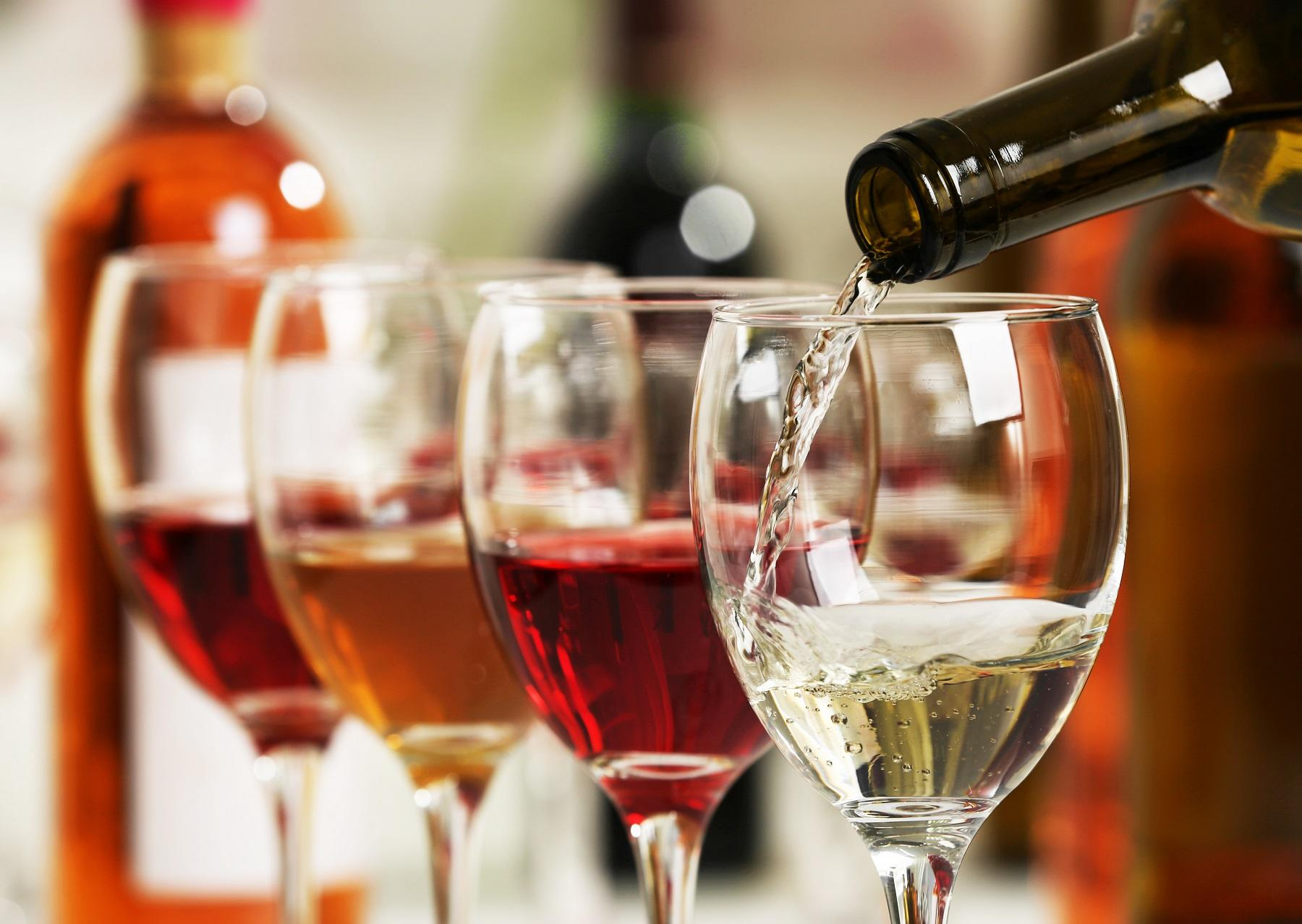 9 great grocery store wines to pair with your holiday celebrations - CNET