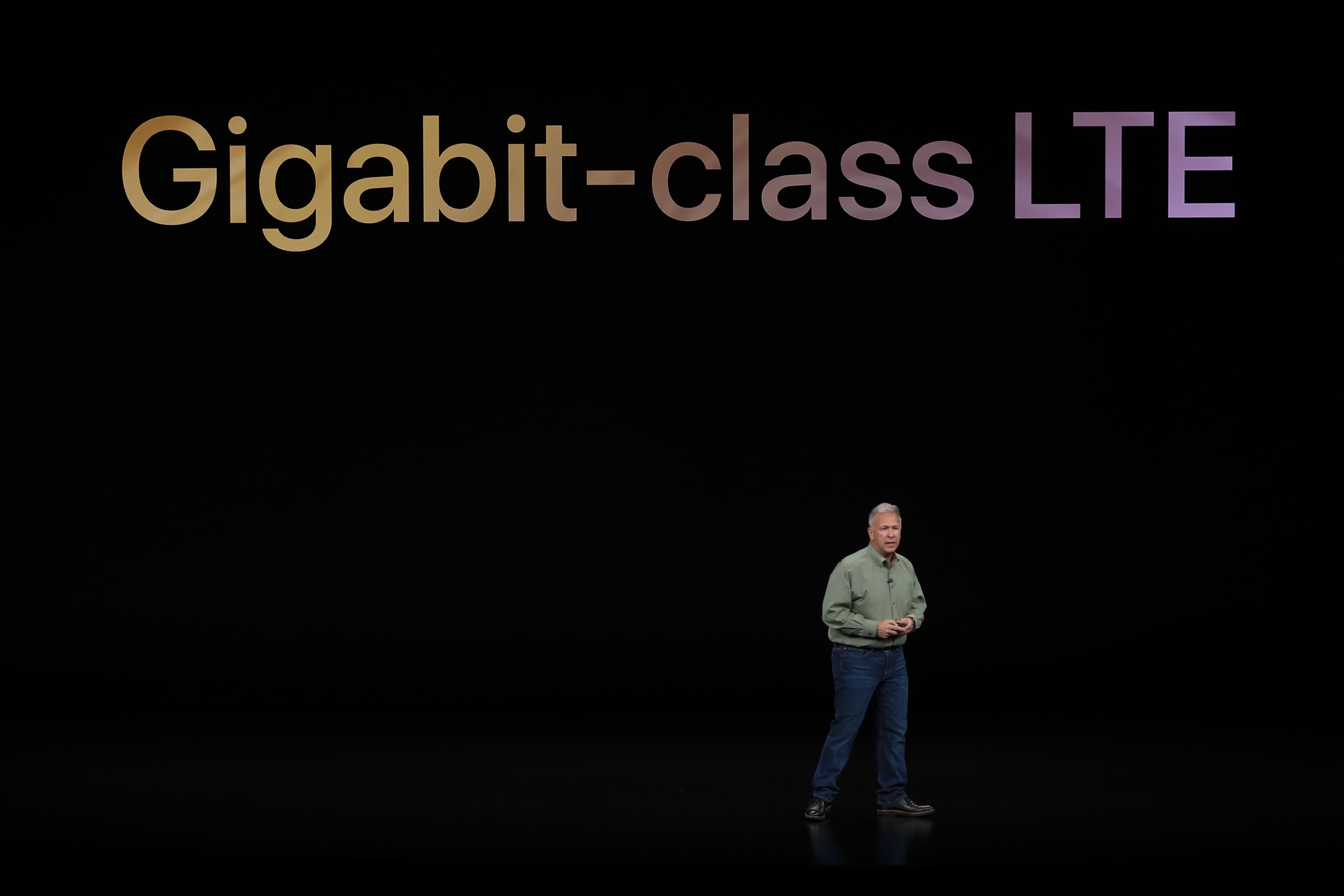apple-event-091218-gigabit-lte-phil-schiller-0354